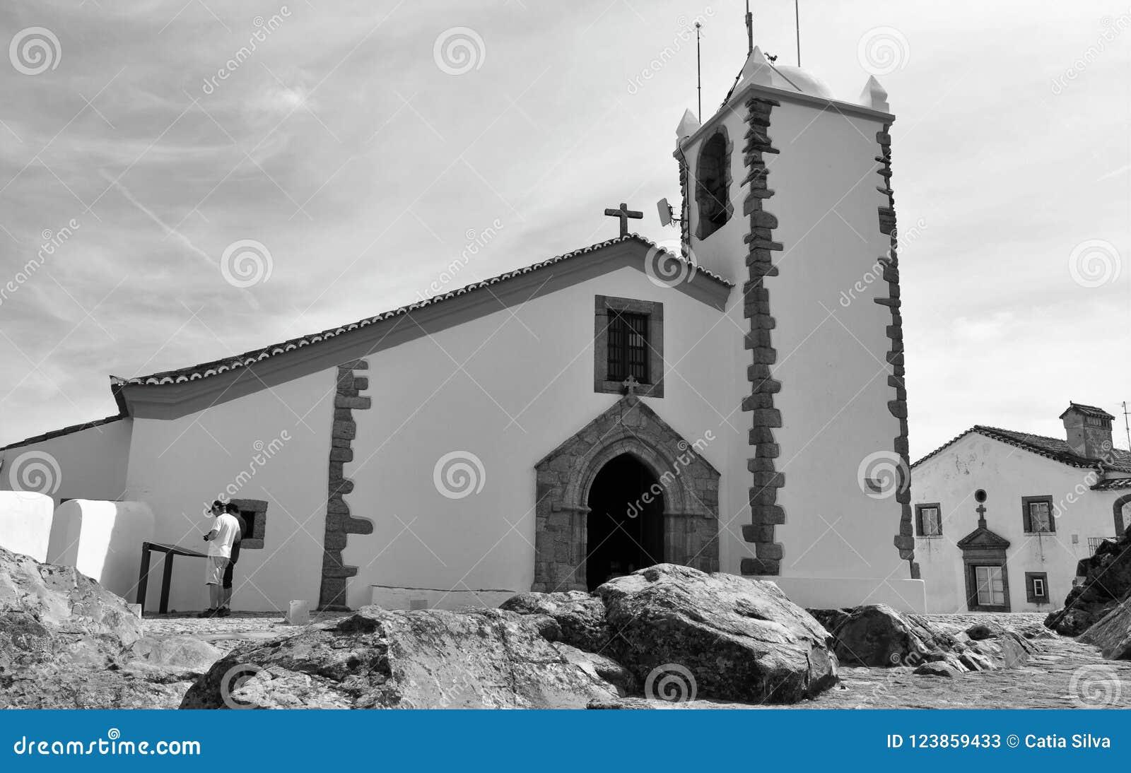 Igreja do Espírito Santo em preto e branco