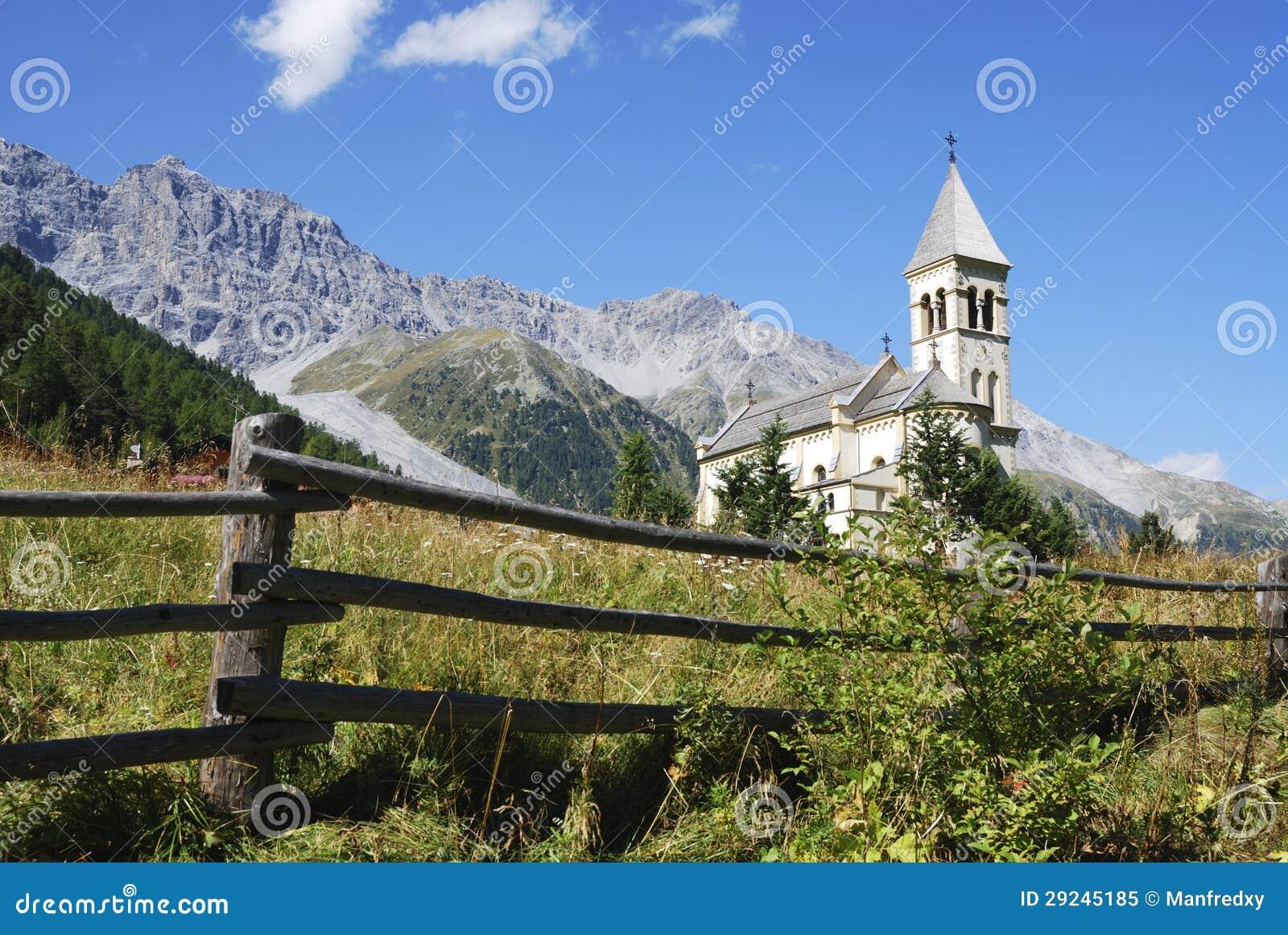 Download Igreja em Sulden imagem de stock. Imagem de religião - 29245185