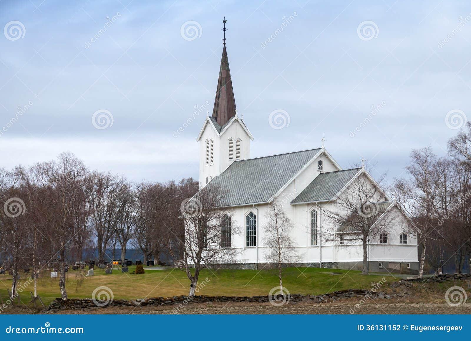 Resultado de imagem para imagens de igreja luterana da noruega
