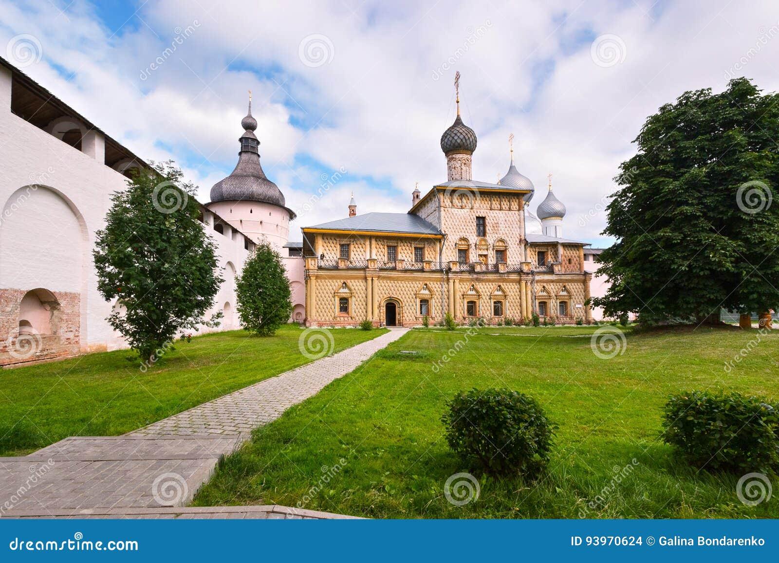 Igreja no Kremlin de Rostov