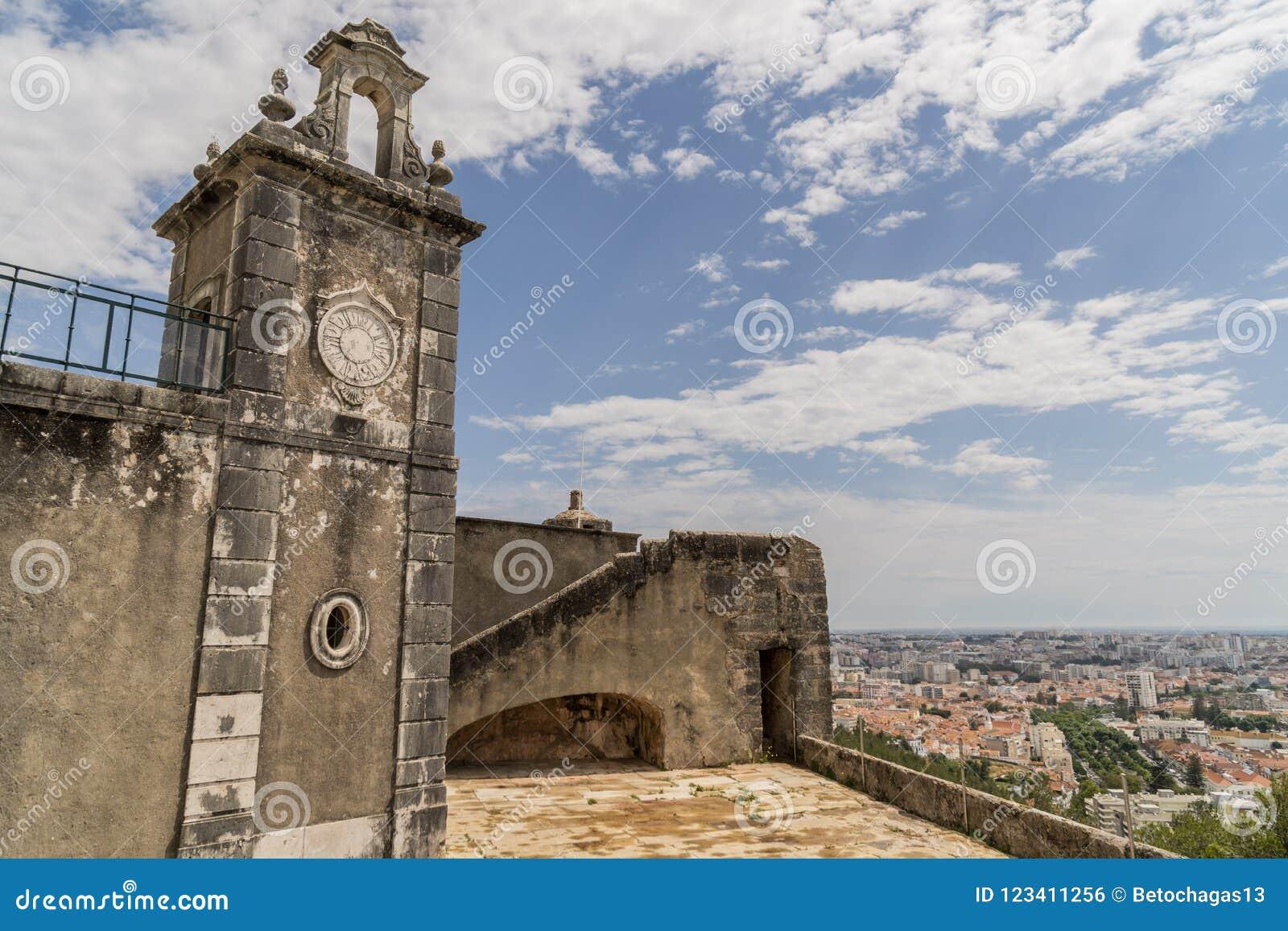 Igreja velha na cidade de Setubal, Portugal