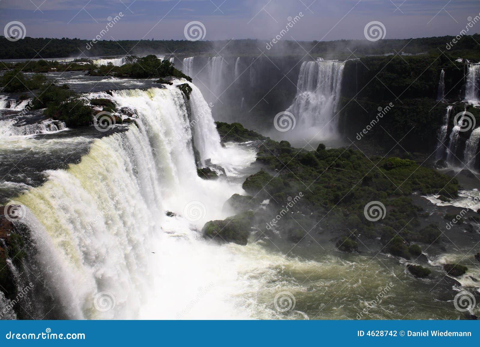 Iguassu (Iguazu; Quedas de Iguaçu) - grandes cachoeiras