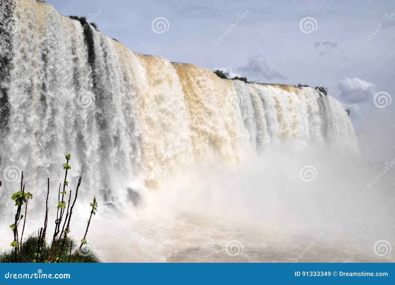 Iguazu Falls brasiliansida