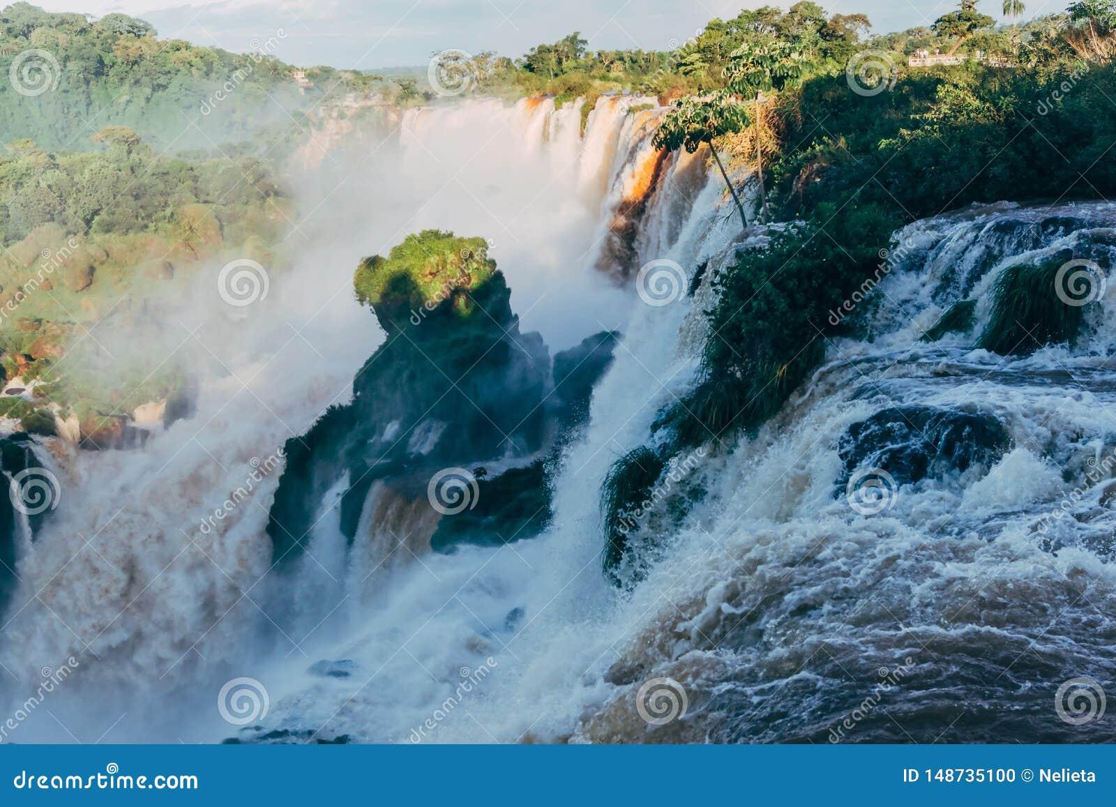 Iguazu Falls i det Argentina Misiones landskapet