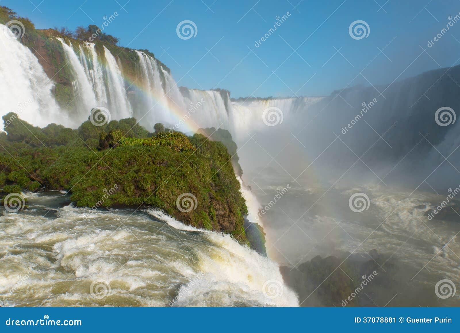 Download Iguazu siklawy obraz stock. Obraz złożonej z przepływ - 37078881