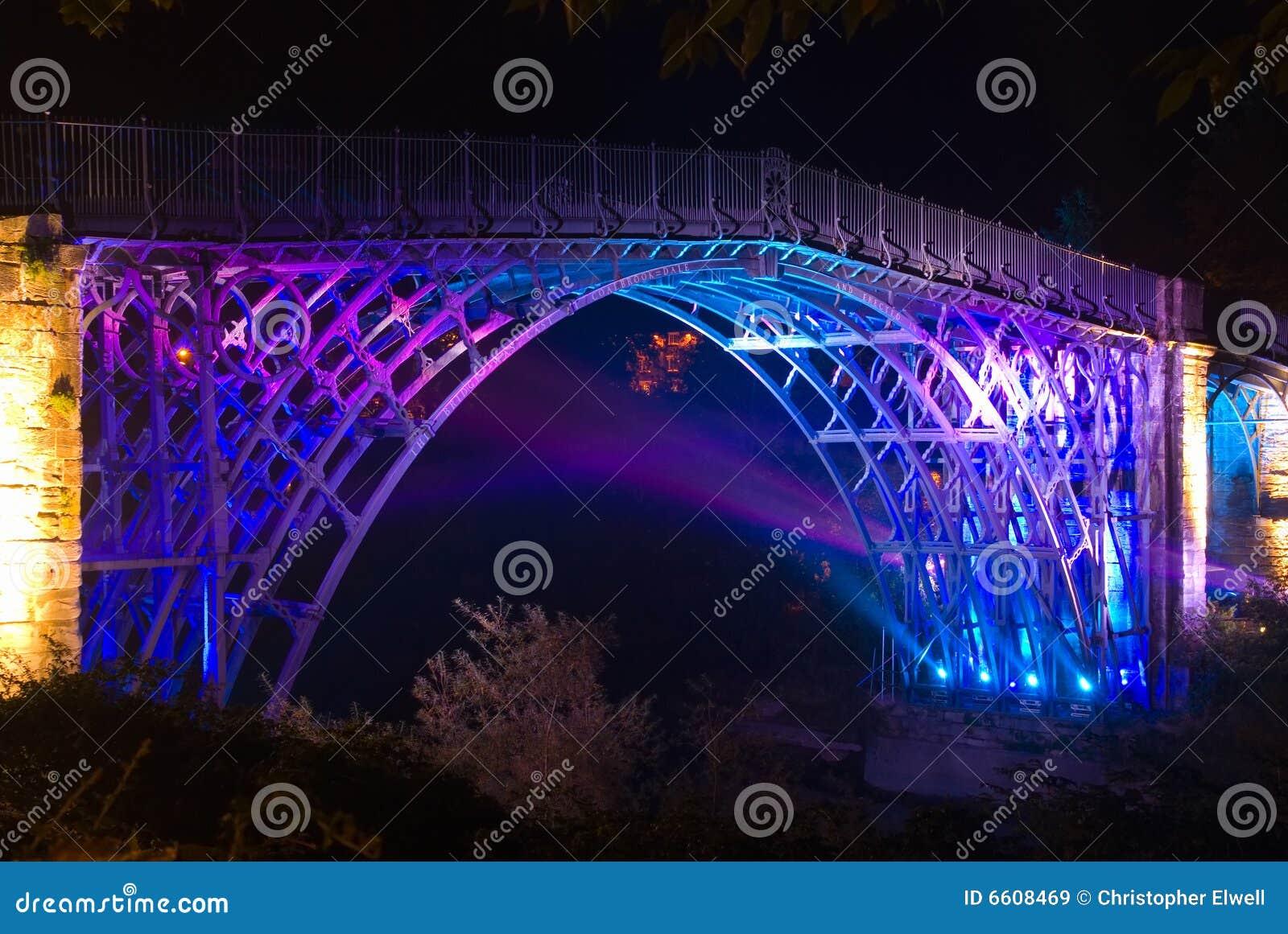 Iii ironbridge zaświecający zaświecać