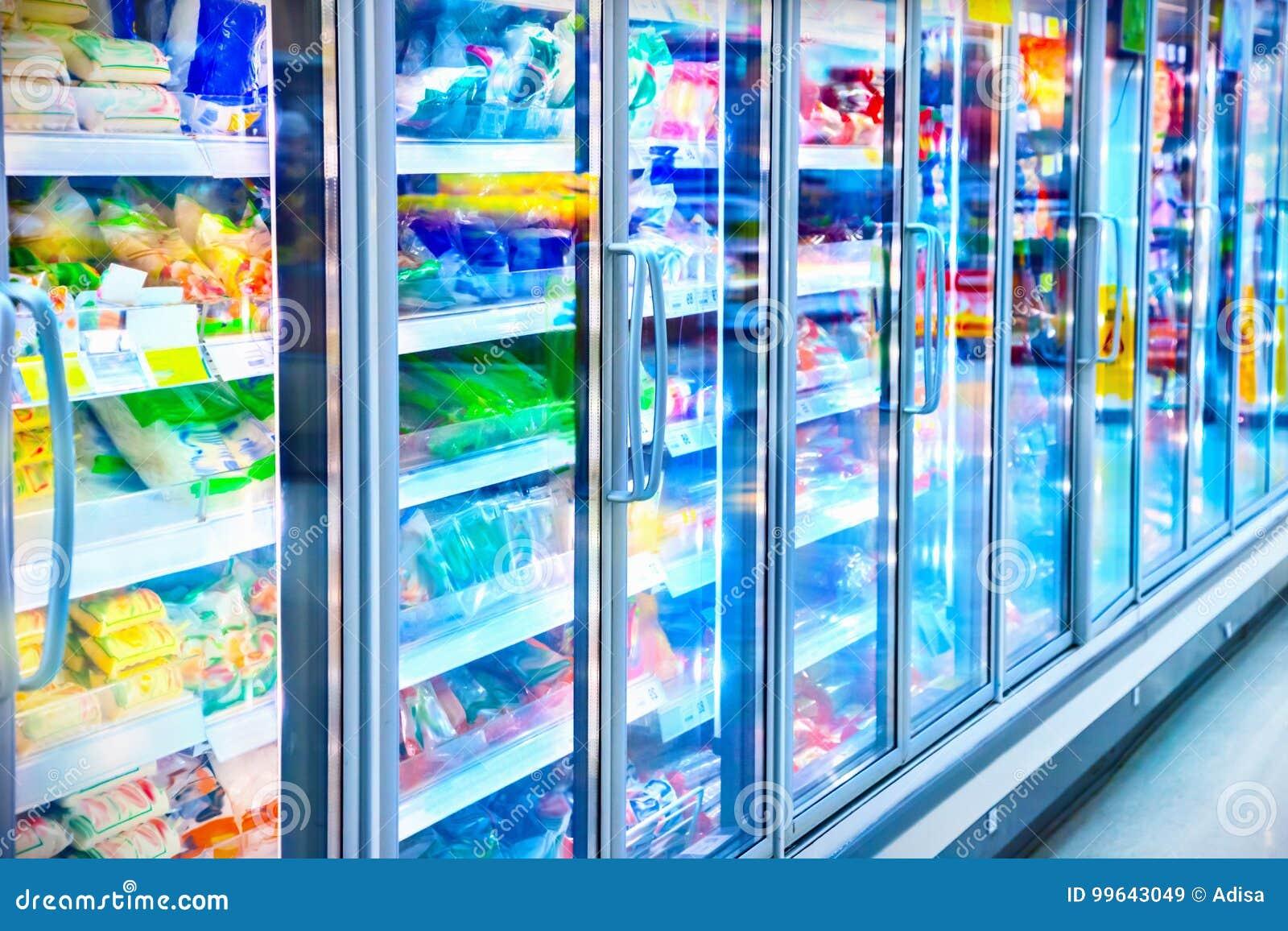 Ijskast in de supermarkt
