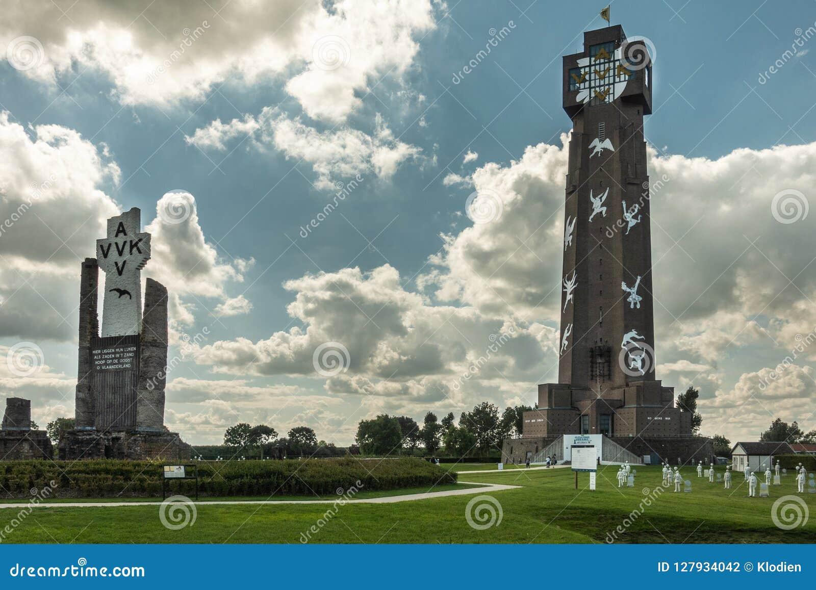 Ijzertoren和PAX土窖在迪克斯梅德,比利时