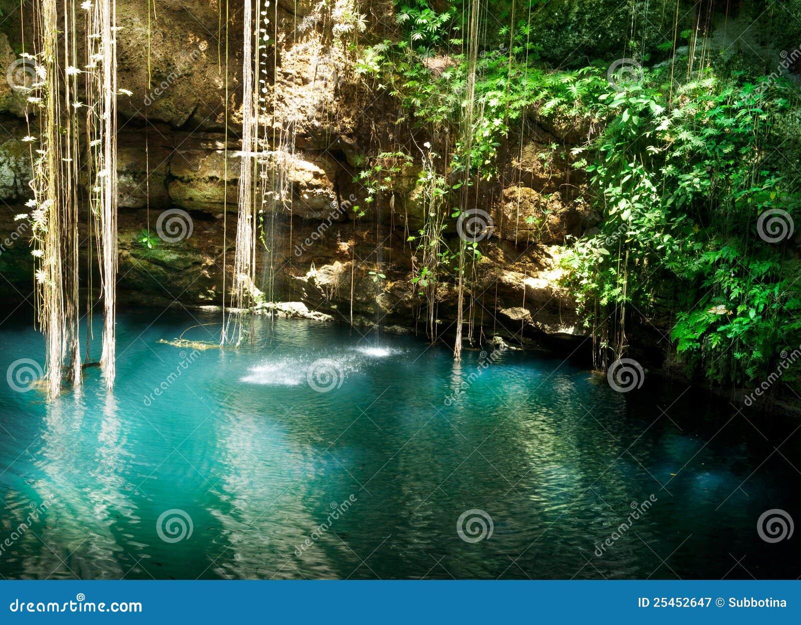 Ik-Kil Cenote, Mexique