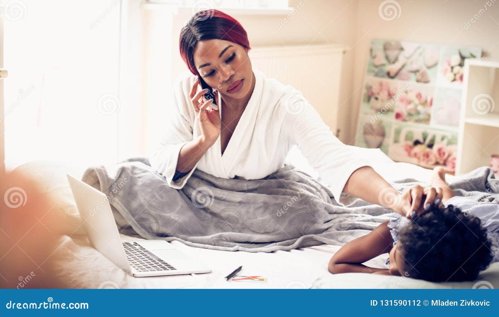Ik werk momenteel van huis en behandel mijn kind