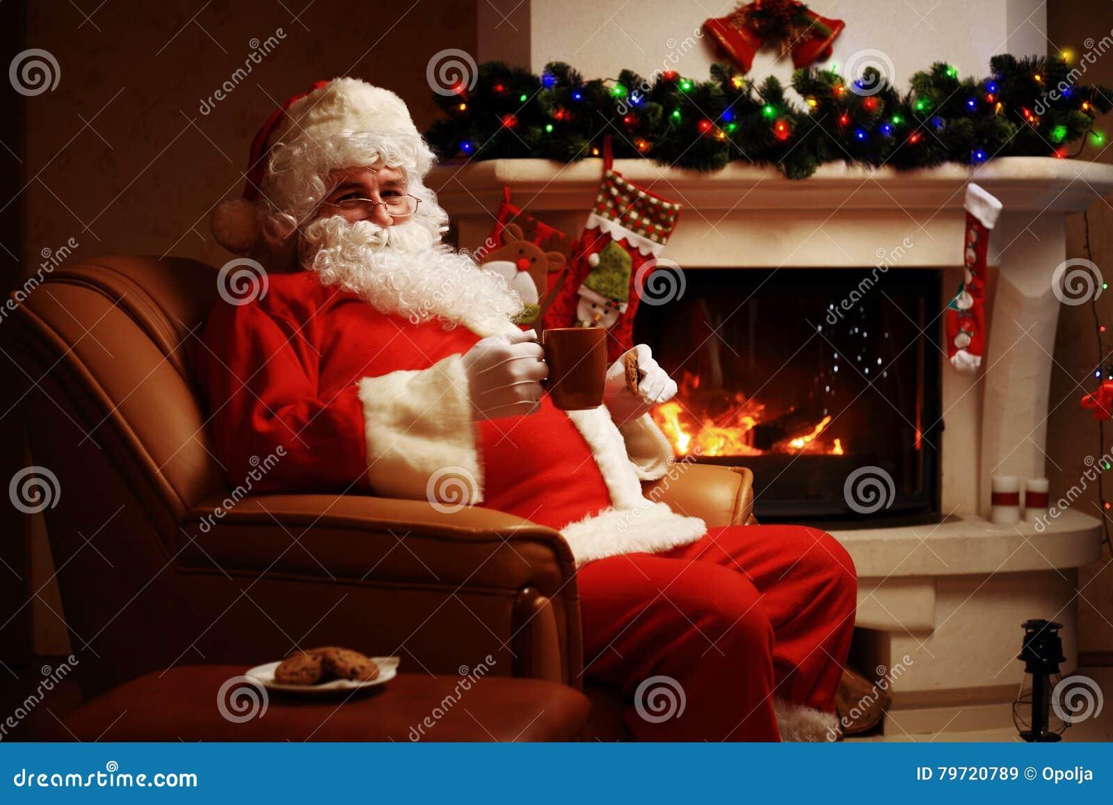 Camino Di Babbo Natale.Il Babbo Natale Che Ha Un Resto In Una Presidenza Comoda