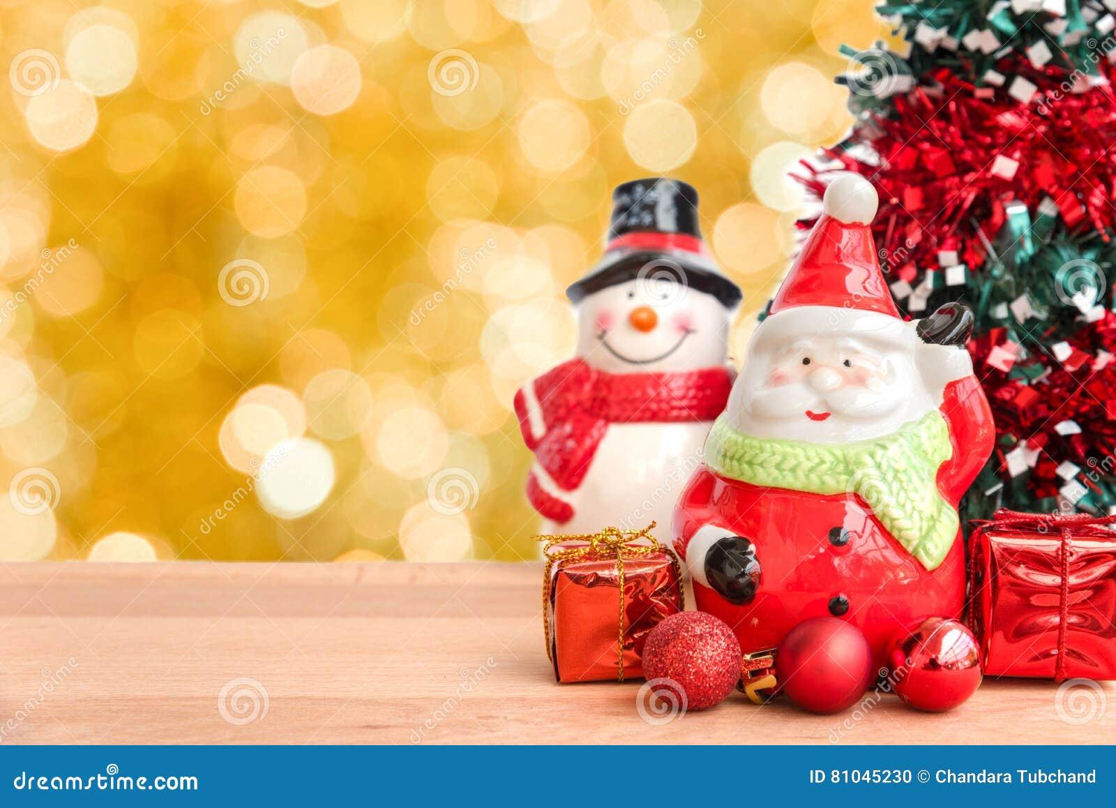 Giorno Di Natale.Il Babbo Natale E Pupazzo Di Neve Per Il Giorno Di Natale