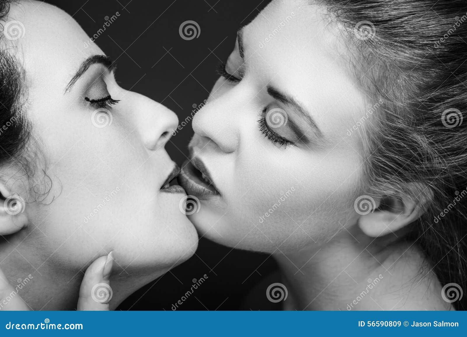 Lesbiche in bianco e nero