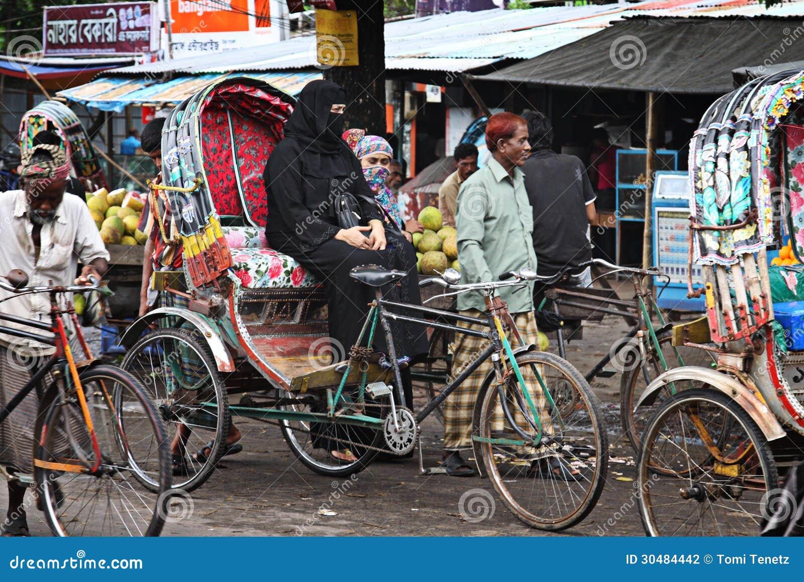 Il Bangladesh Risciò Della Bicicletta Fotografia Editoriale