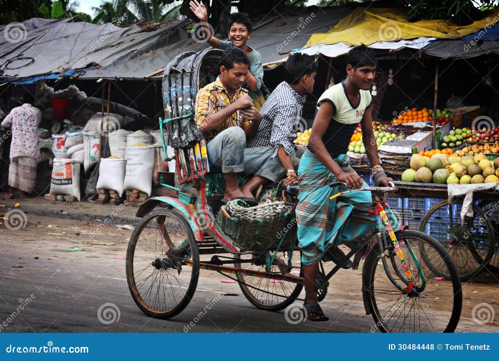 Il Bangladesh Risciò Della Bicicletta Fotografia Stock Editoriale