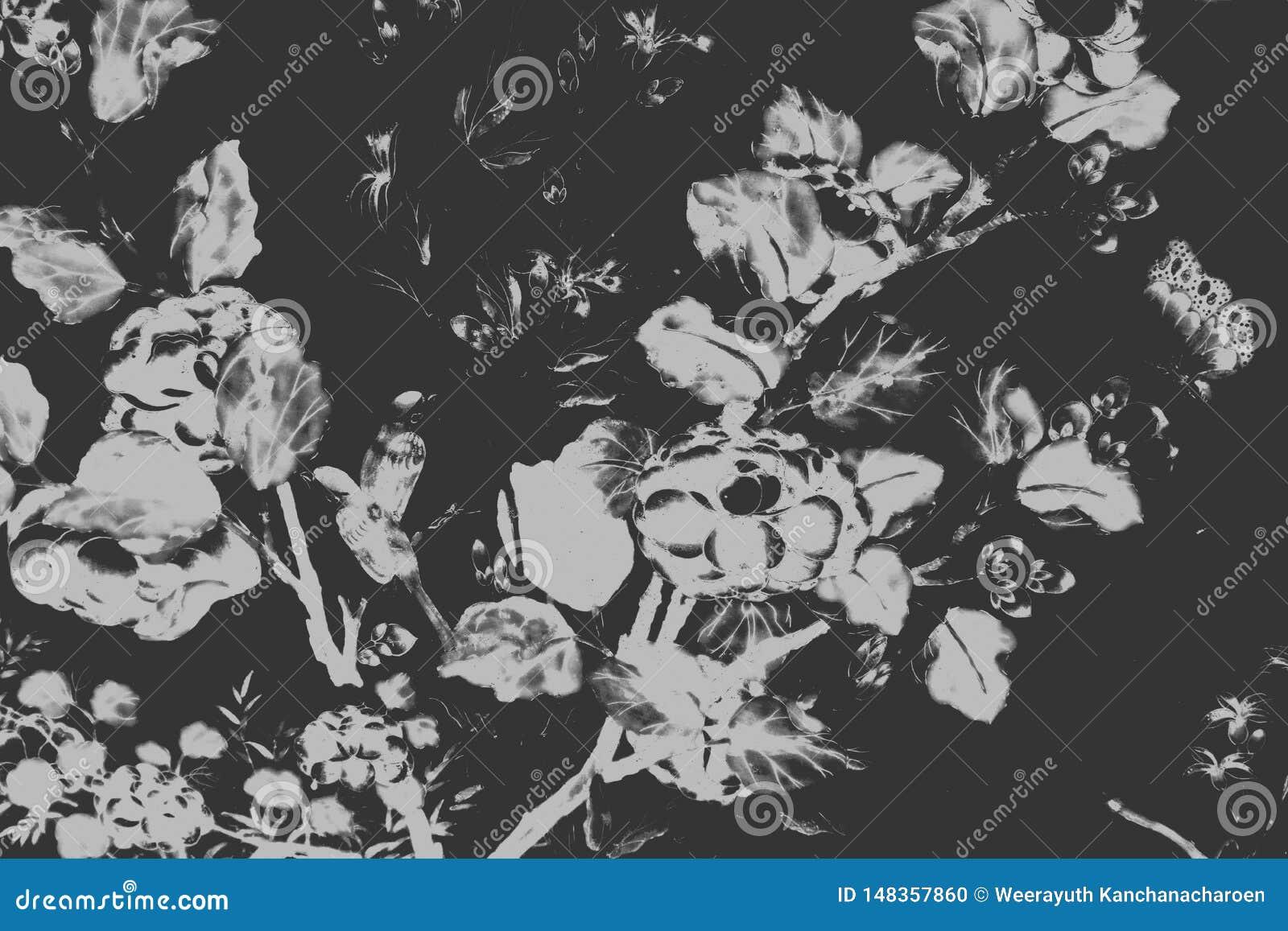 Il bei uccello dell albero e pitture di arte dei fiori colorano il fondo e la carta da parati bianchi e neri del modello dell ill