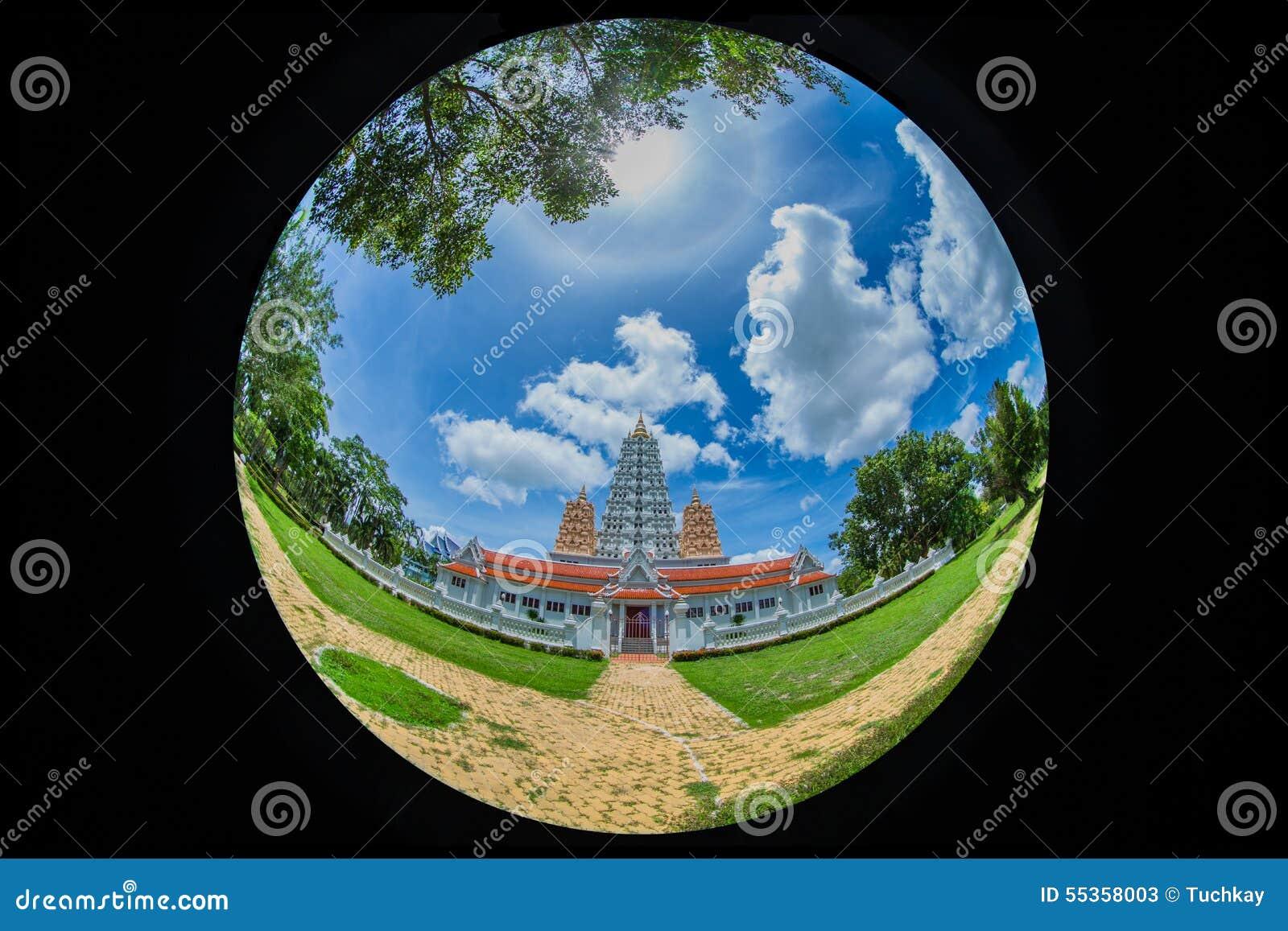 Il bello Na di yan del wat della pagoda ha cantato il wararam