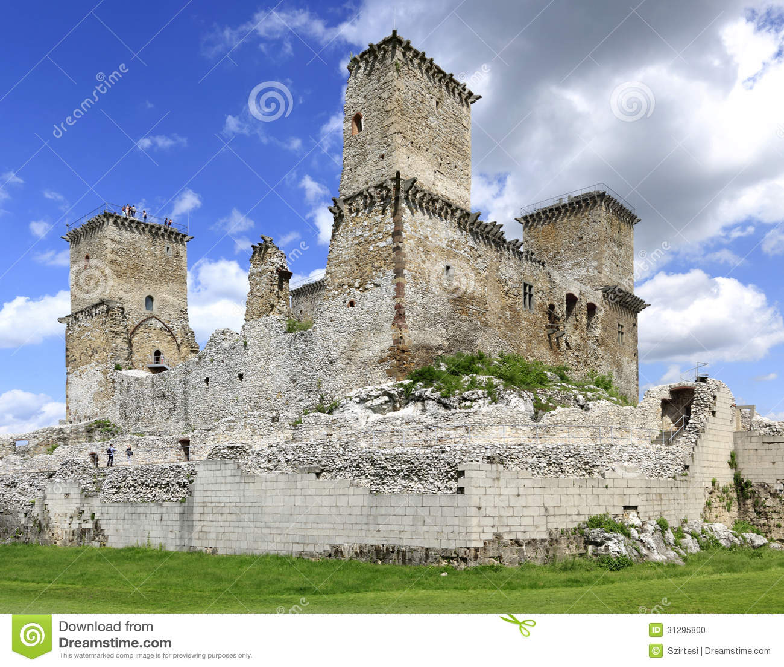 Il castello di Diosgyor in Ungheria