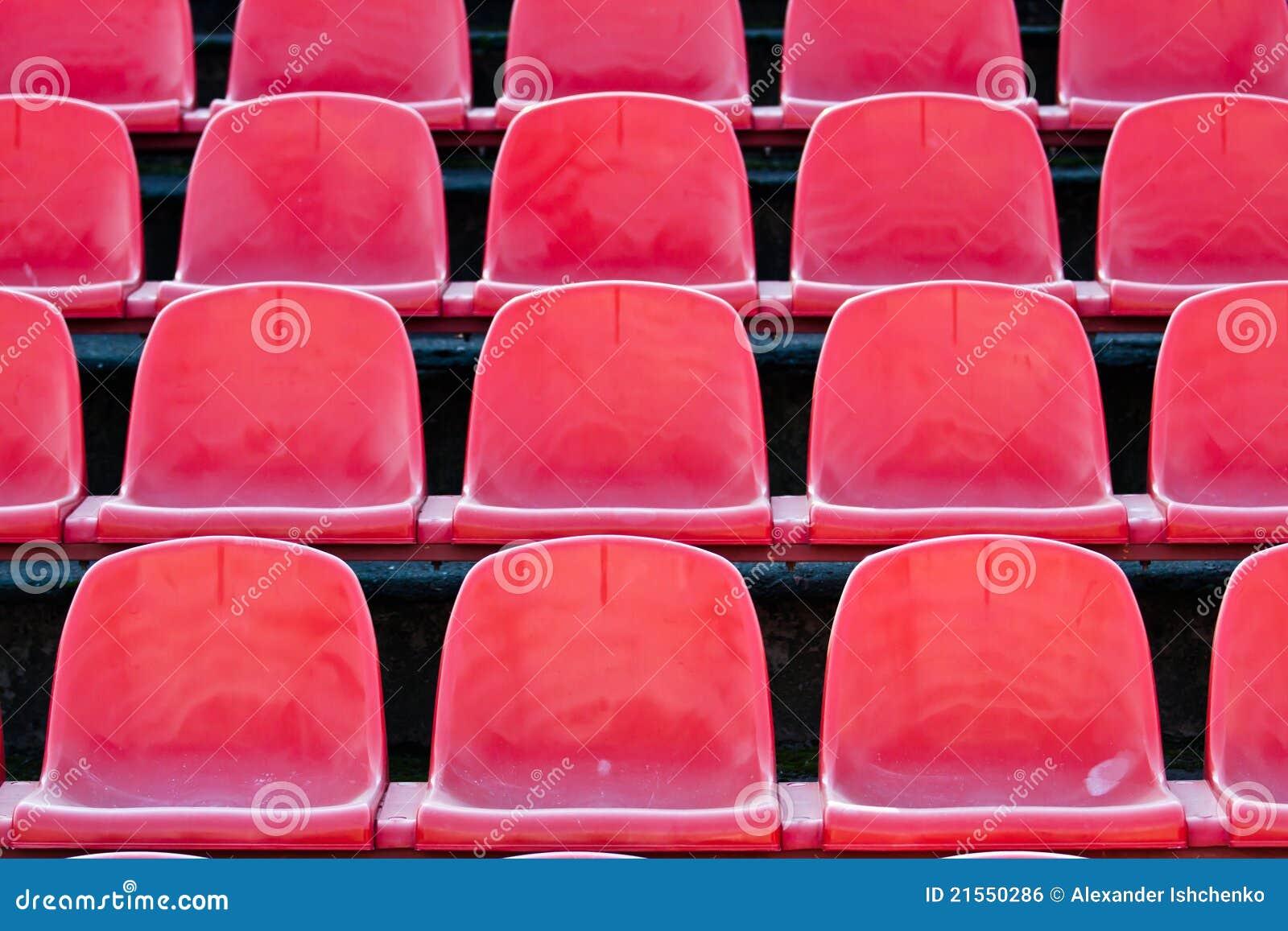 Il colore rosso si siede.
