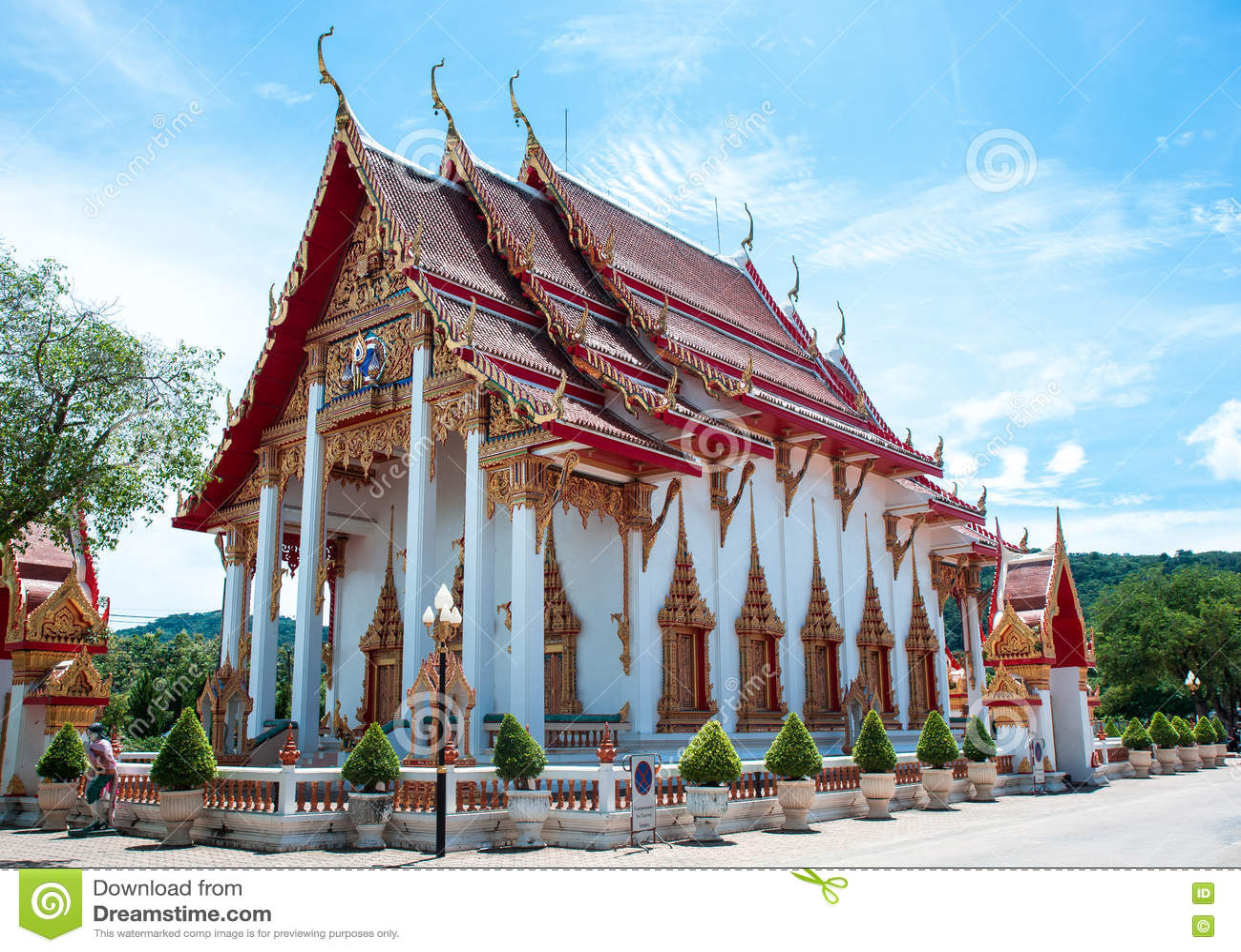 Il complesso del tempio di Wat Chalong a Phuket, Tailandia