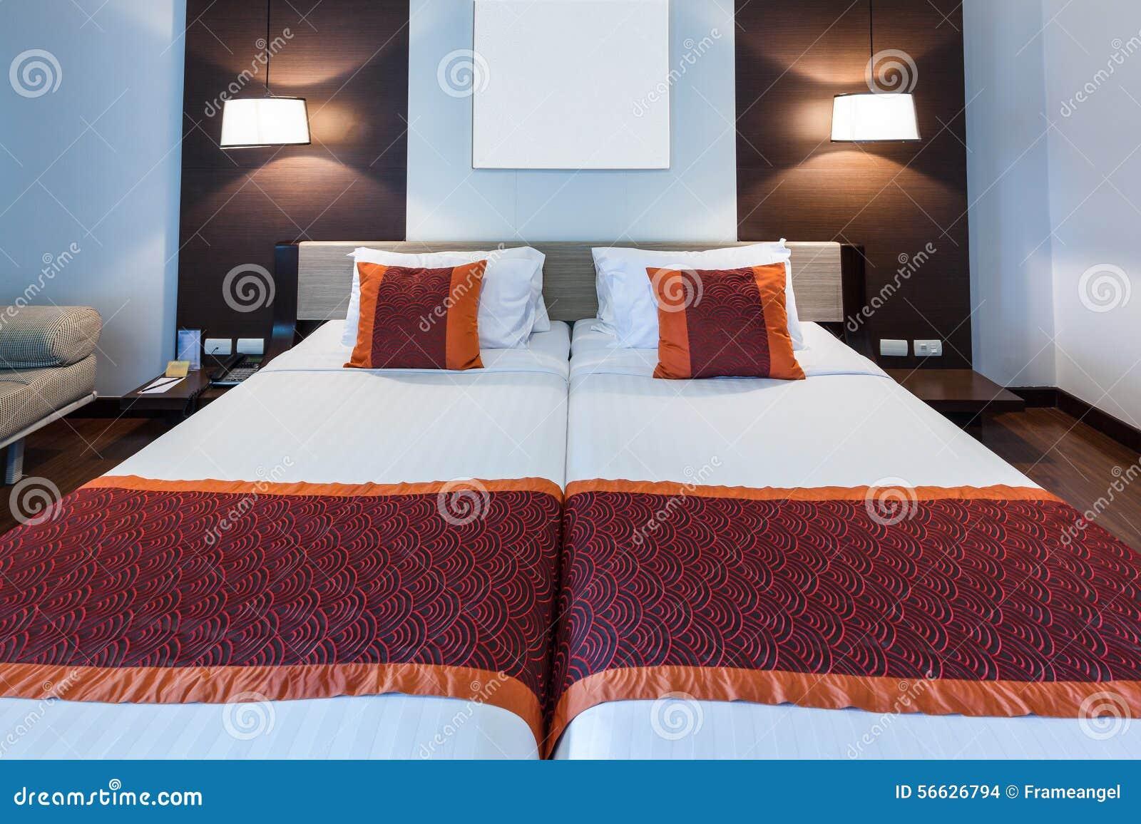 Lampade Camera Matrimoniale: Relax posto nella camera da letto ...