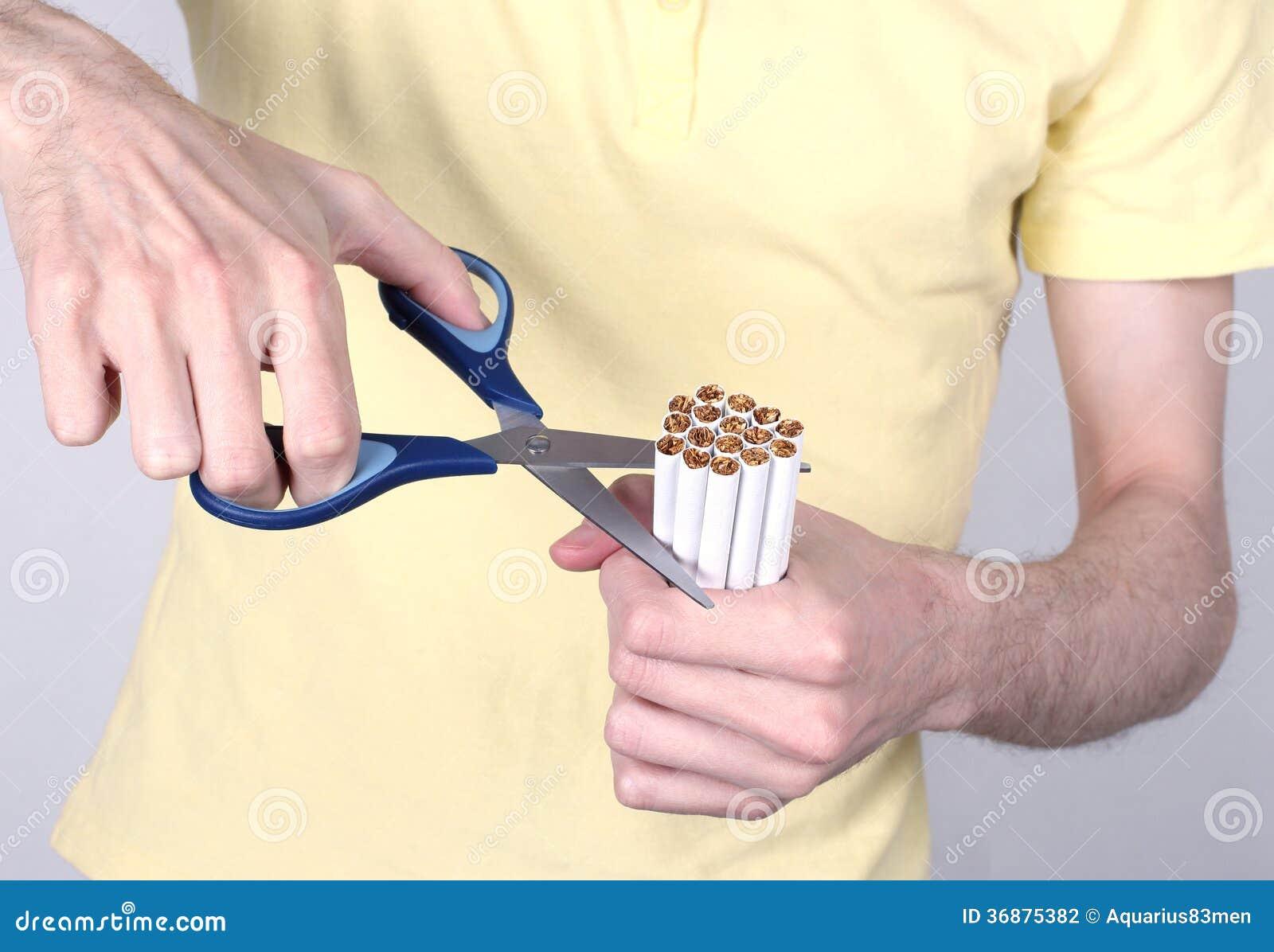 Download Il Fumo è Nocivo Alla Vostra Salute Fotografia Stock - Immagine di lifestyles, umano: 36875382