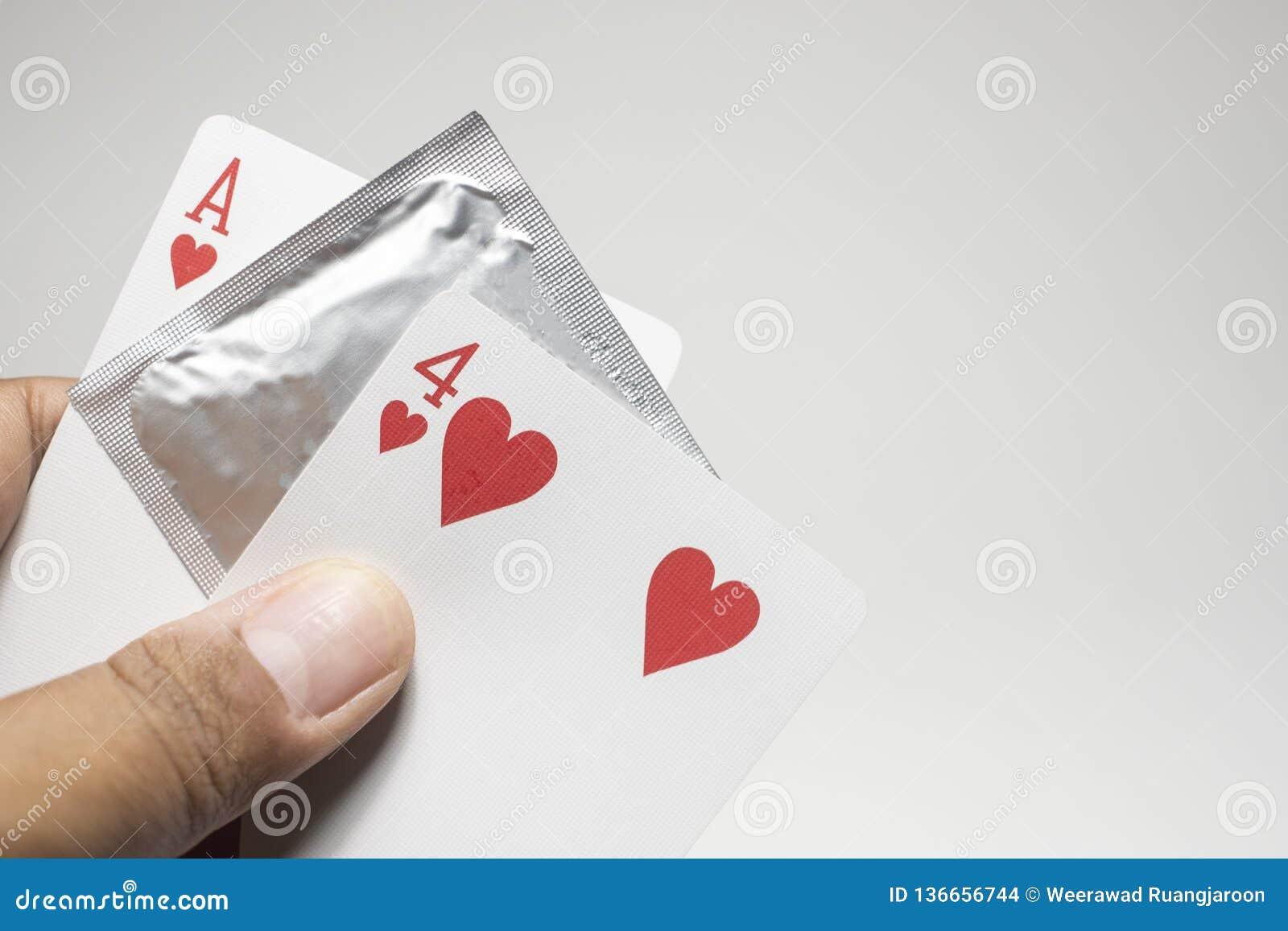 Il giorno dei valentines, numero di carta di numero quattordici, preservativo impedire concetto di amore del sesso sicuro dei big