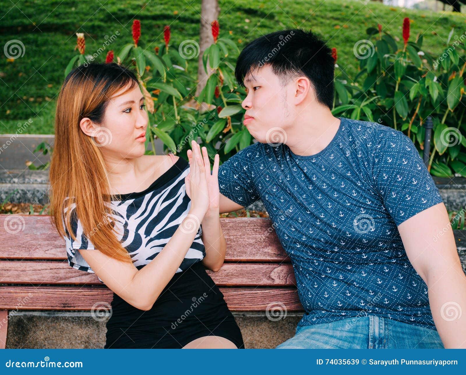 asiatico uomo dating bianco ragazza loveawake gratis online dating