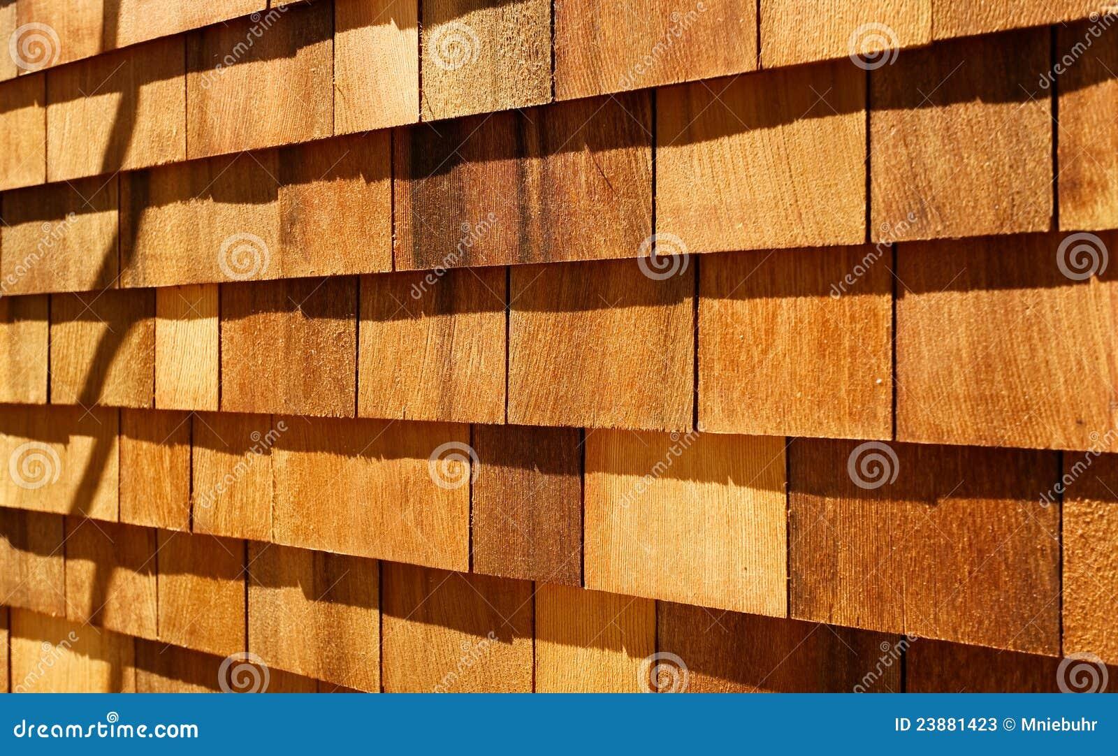 Il legno occidentale del cedro rosso copre il raccordo della parete