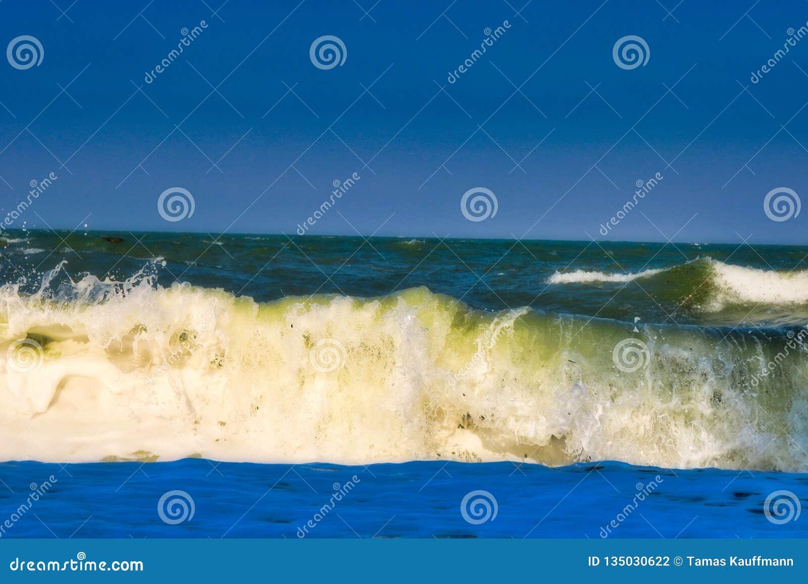 Il mare ondulato in Hua Hin Thailand