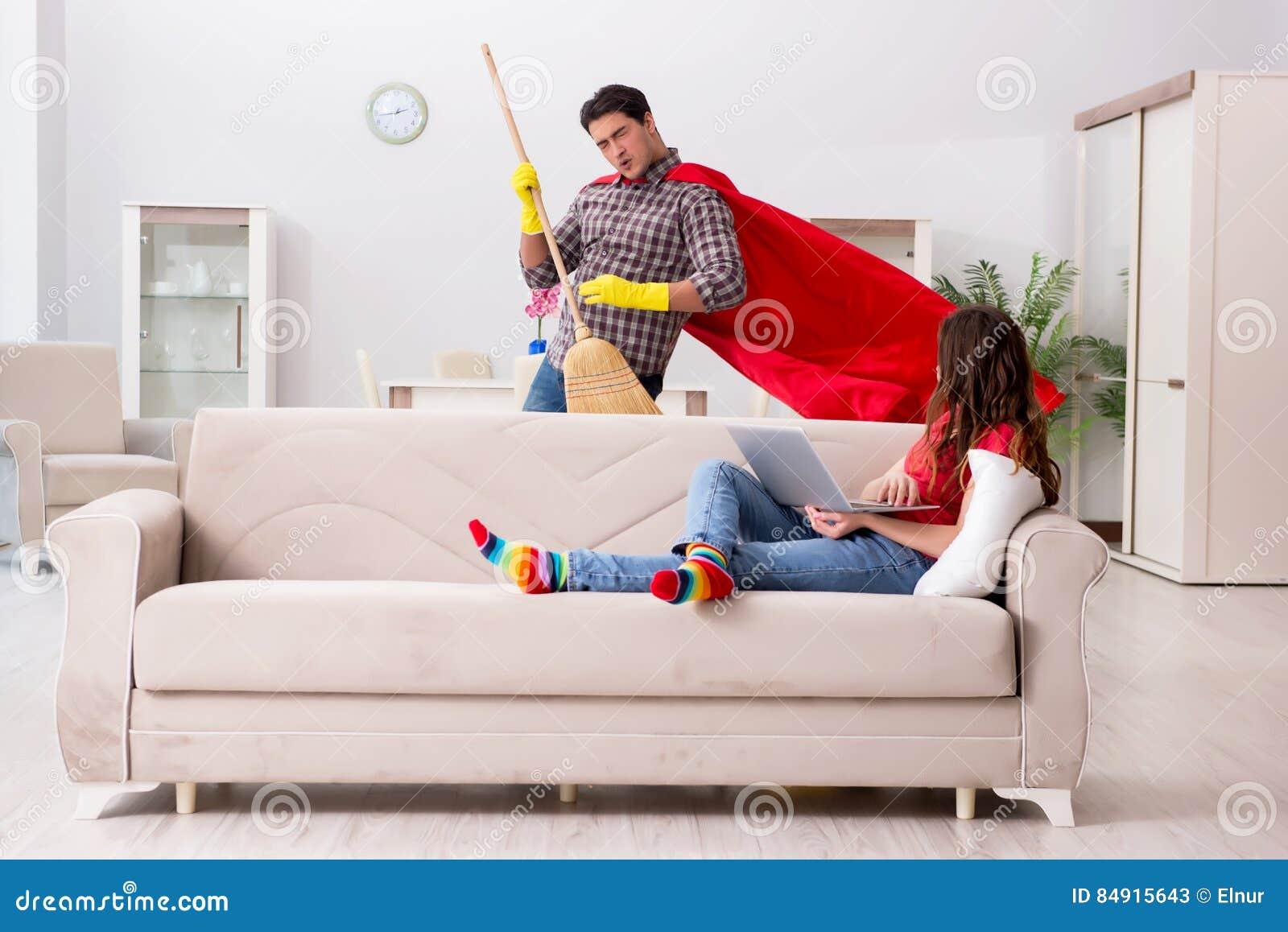 Il marito del supereroe che aiuta la sua moglie a casa for Aiuta a progettare la mia casa