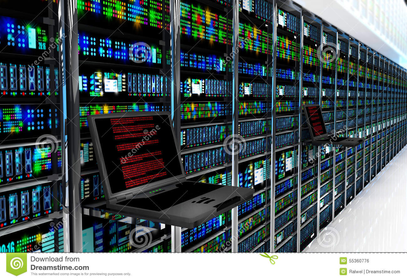 Il monitor terminale nella stanza del server con il server tormenta nell interno di centro dati