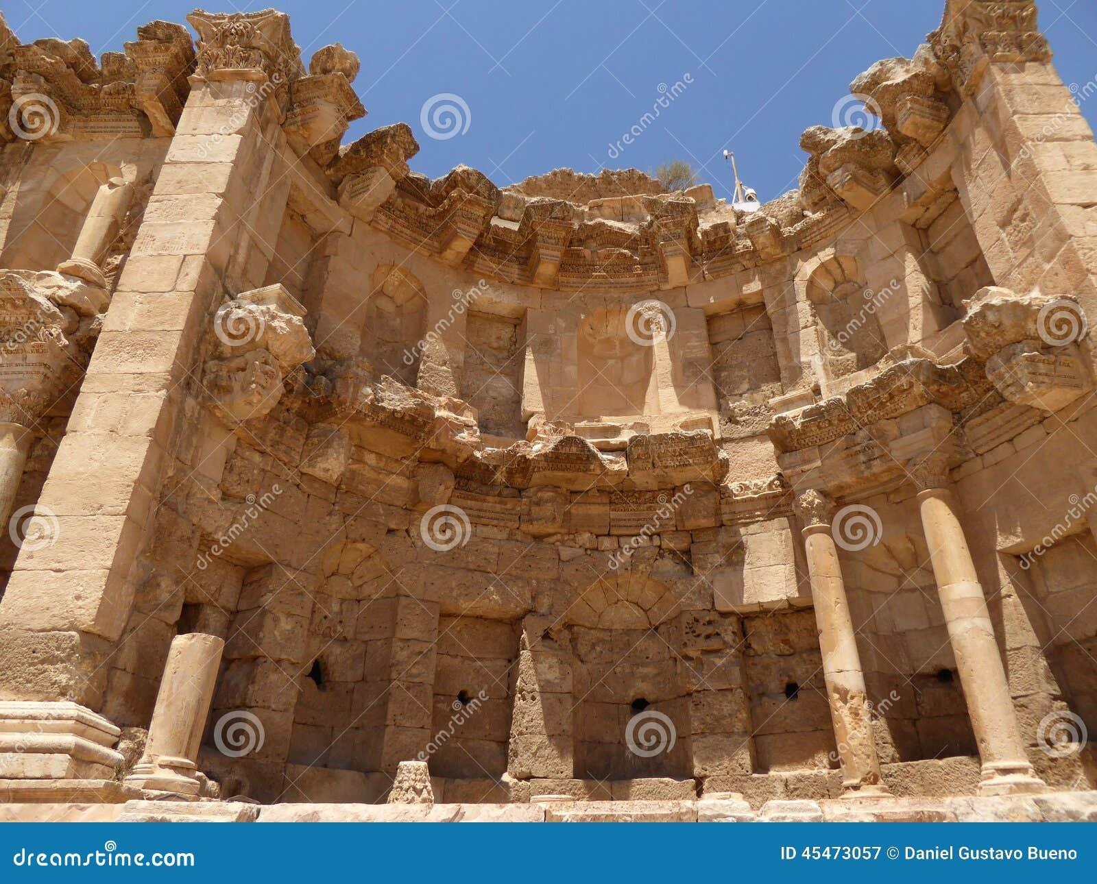Il nymphaeum di Jerash, Giordania