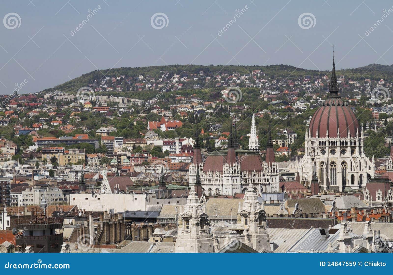 Il parlamento di budapest immagine stock immagine di for Il parlamento