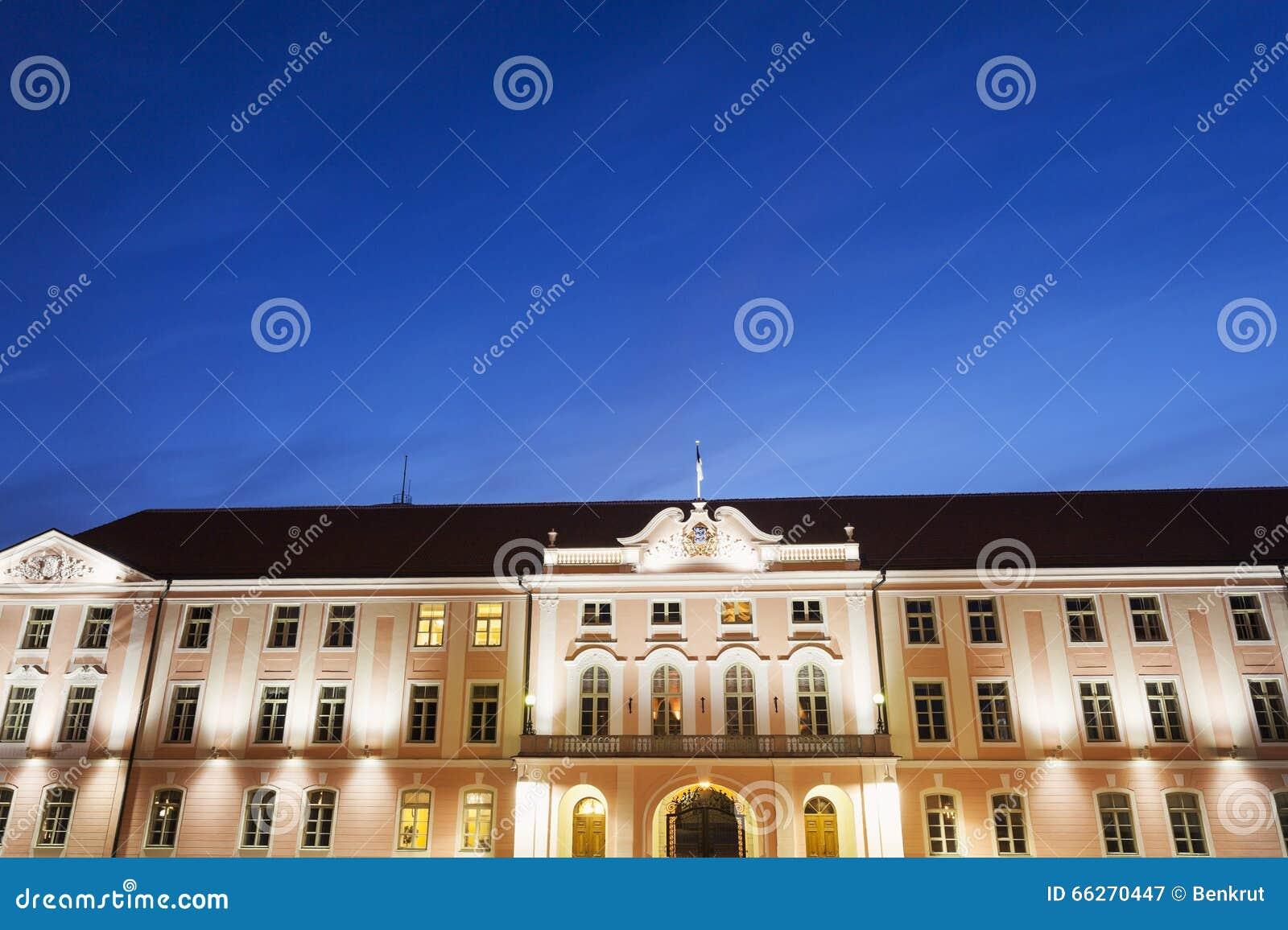Il parlamento estone in tallin immagine stock immagine for Il parlamento