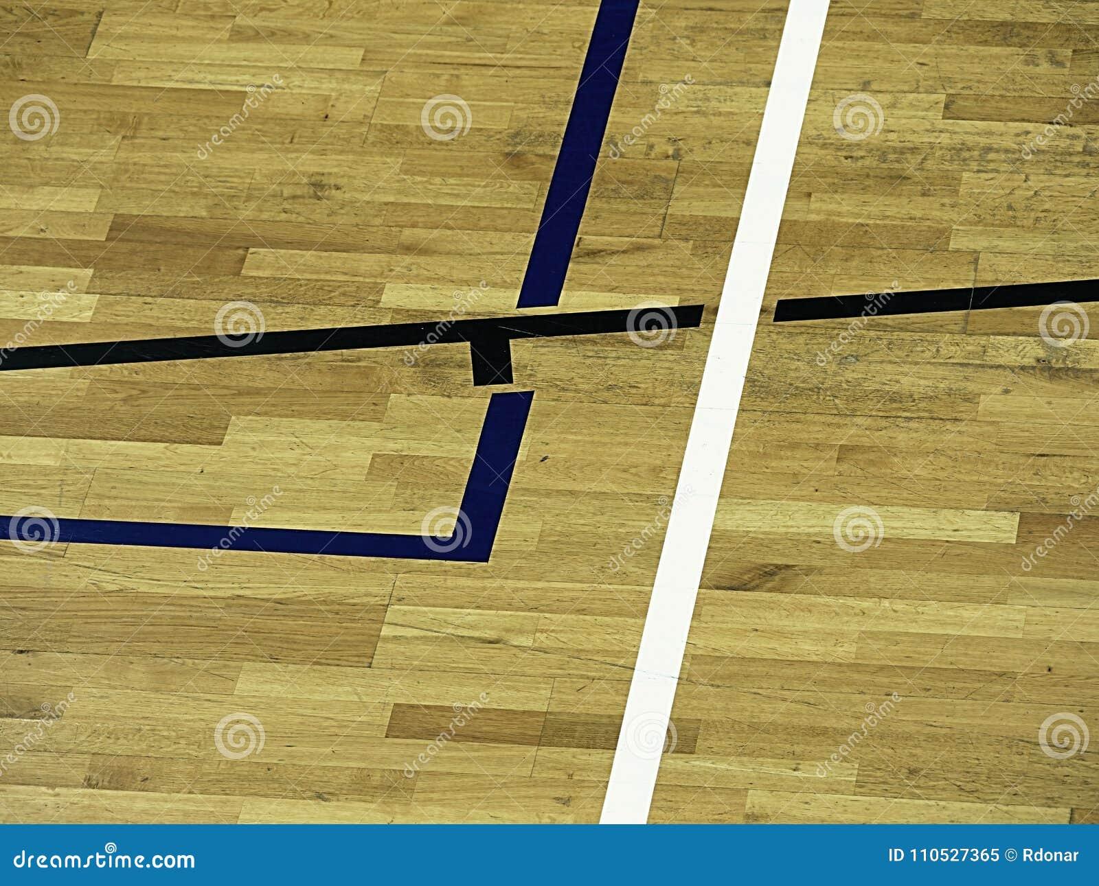 Parquet In Legno Duro il pavimento di legno della palestra con il campo da giuoco