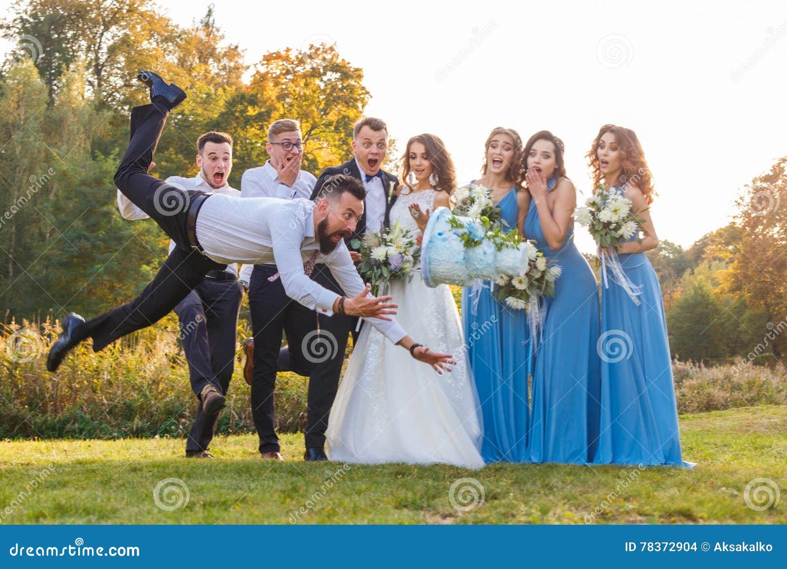 Il perdente cade la torta nunziale