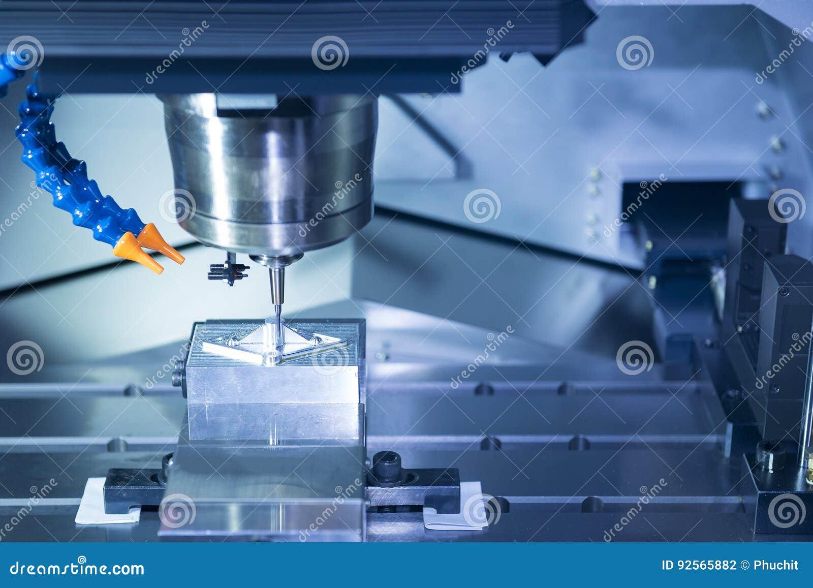 Il pezzo da lavorare di taglio a macchina di CNC