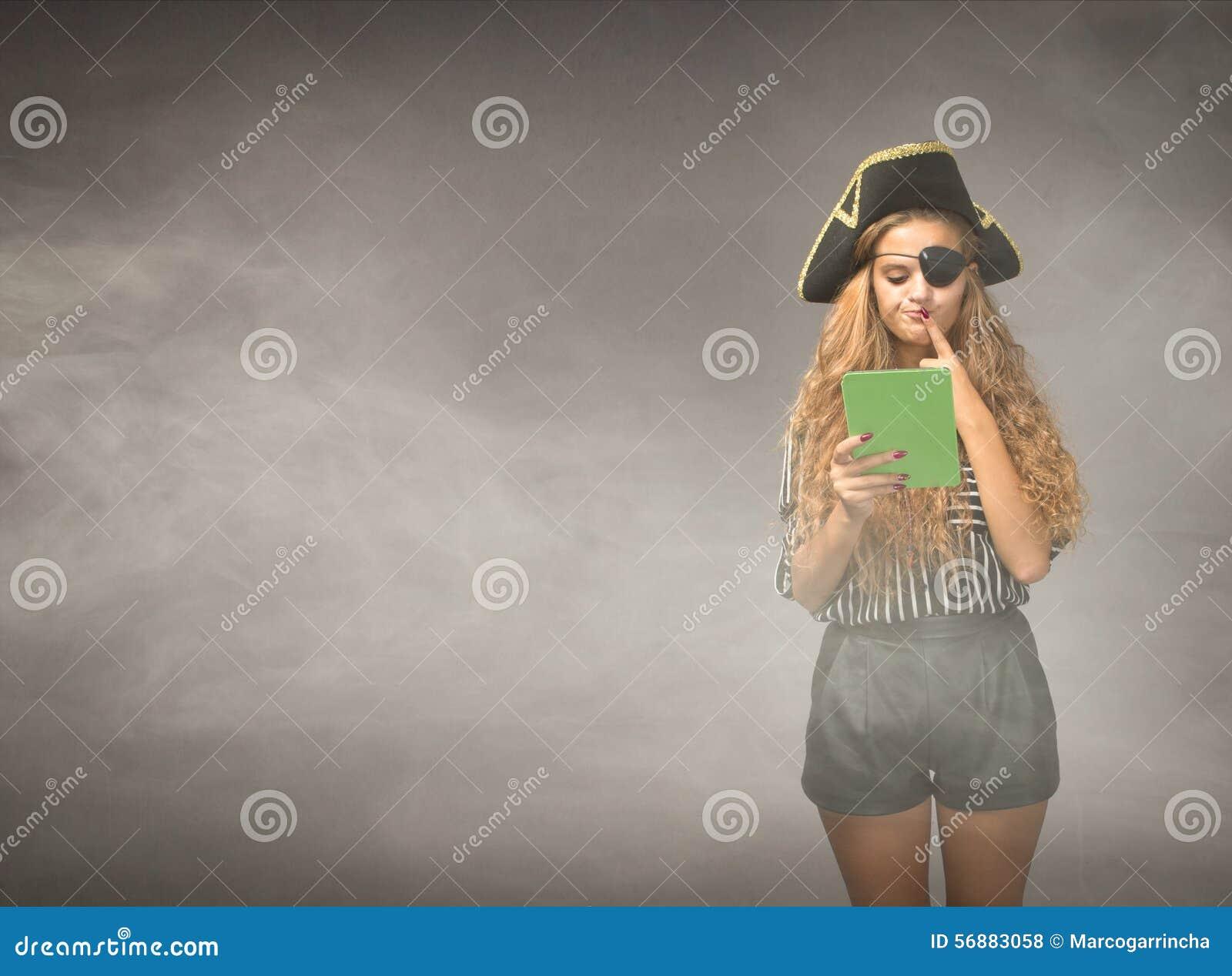 Il pirata del nerd riflette sulla compressa