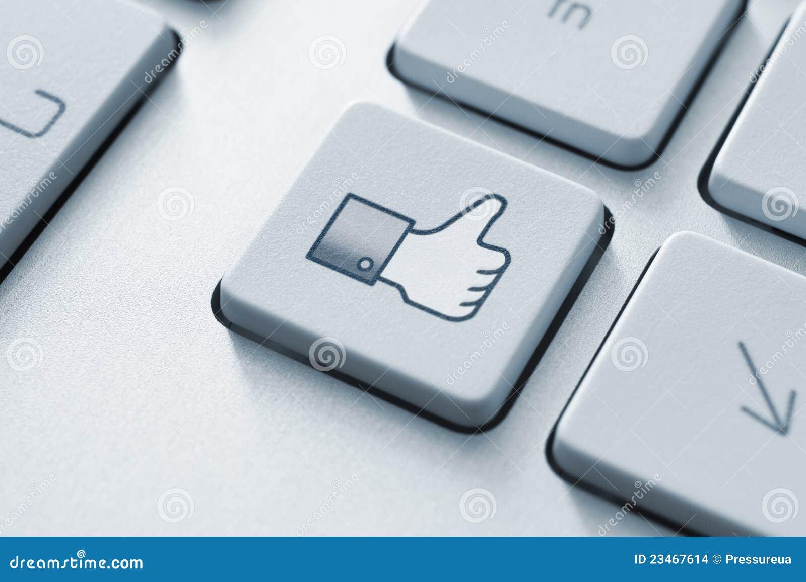 Il pollice di Facebook in su gradice il tasto