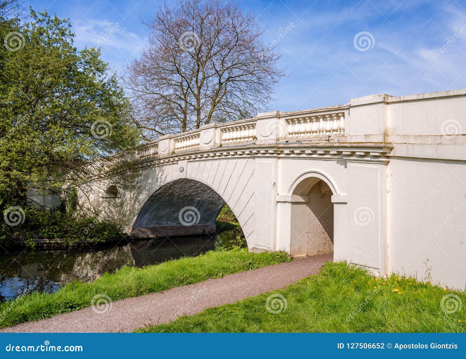 Il pont grand No. en canal des syndicats de pont ornemental de verger 164