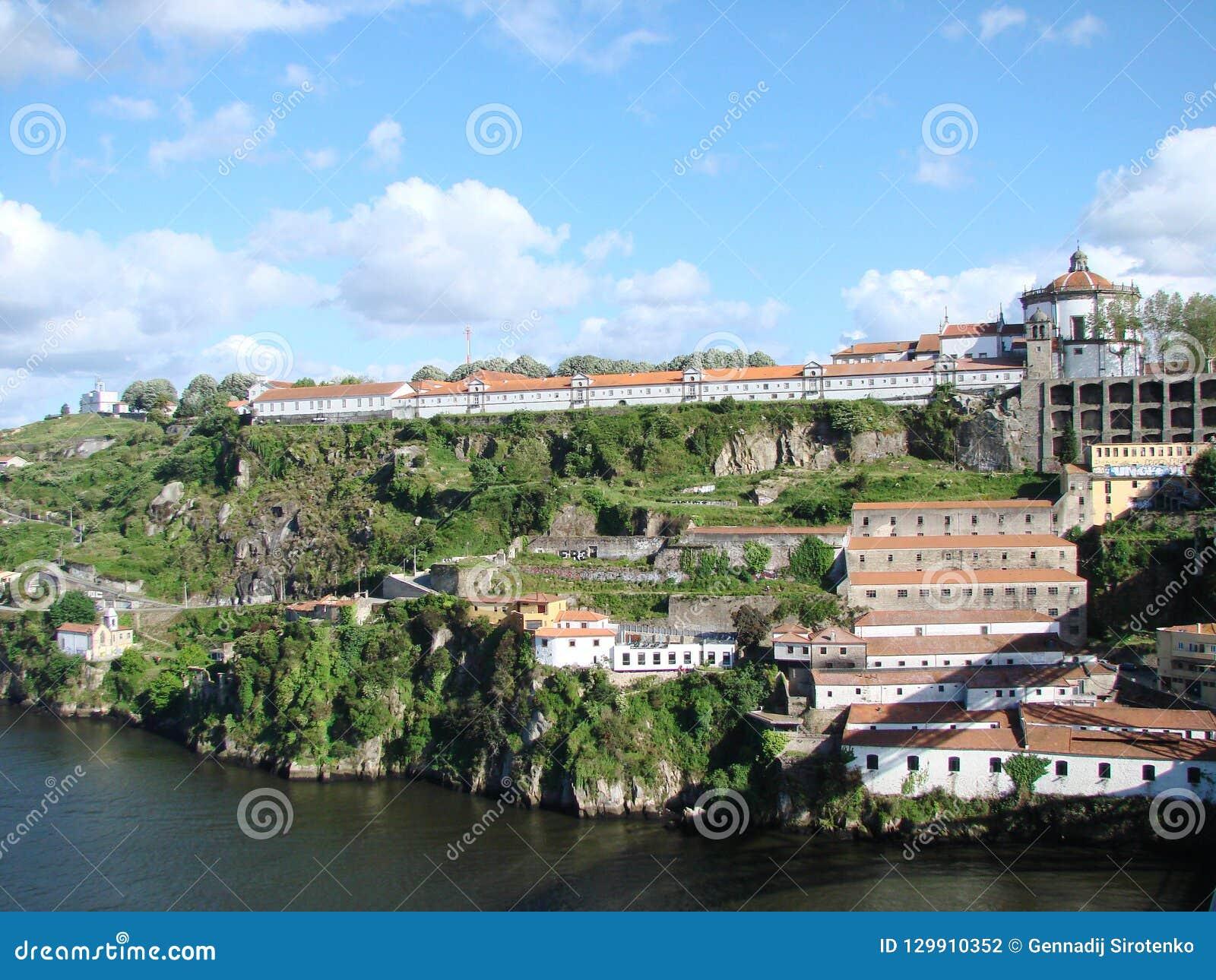 Il Portogallo portugal Paesaggi urbani delle aree storiche della città e le viste sceniche della natura portoghese