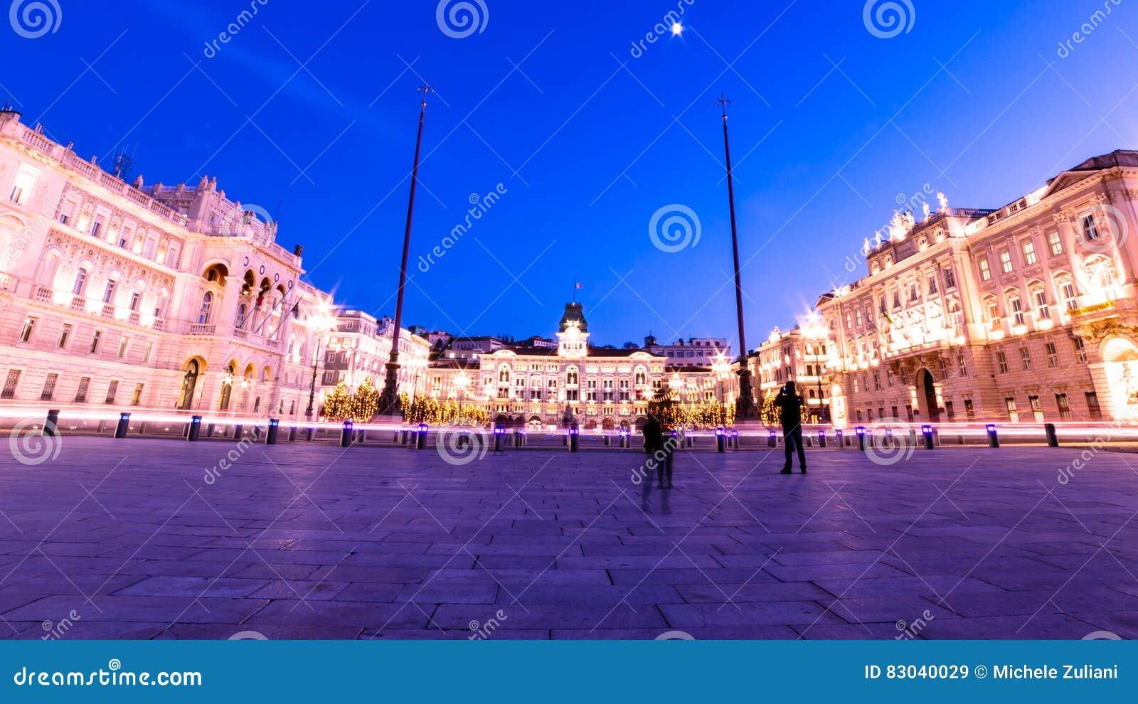 Trieste Natale Immagini.Il Quadrato Di Trieste Durante Il Tempo Di Natale Immagine Stock