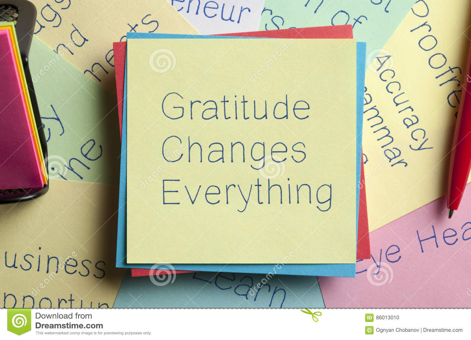 Il ringraziamento cambia tutto scritto su una nota