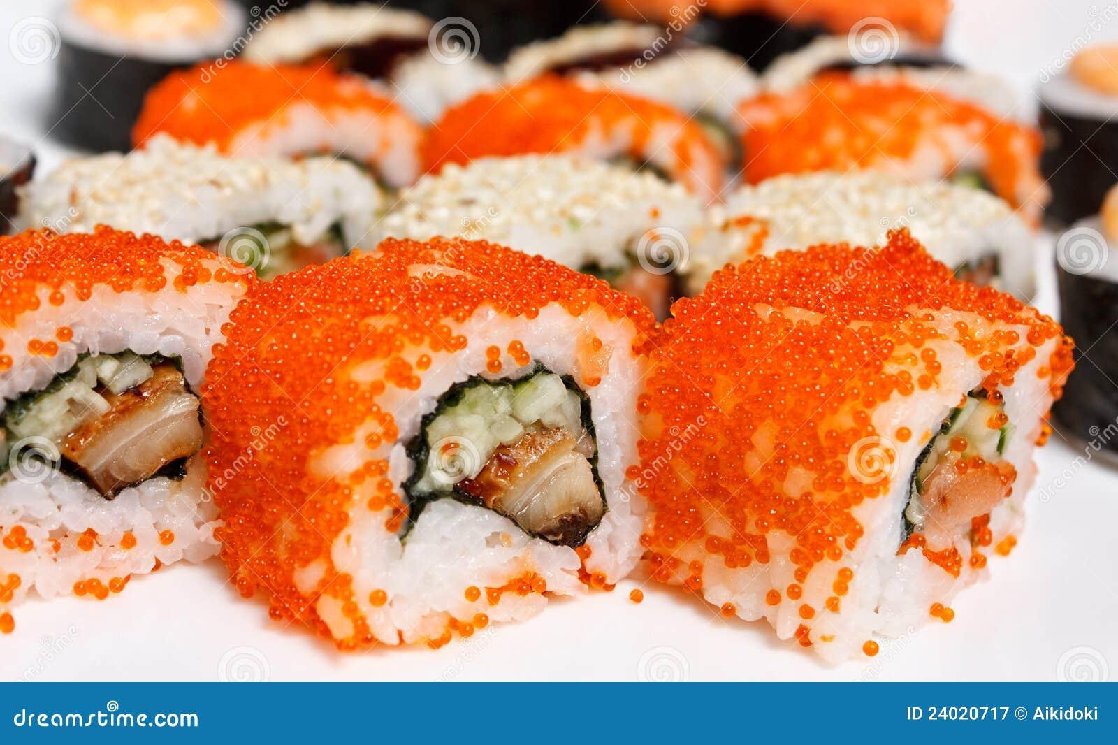 Il rullo di sushi Assorted