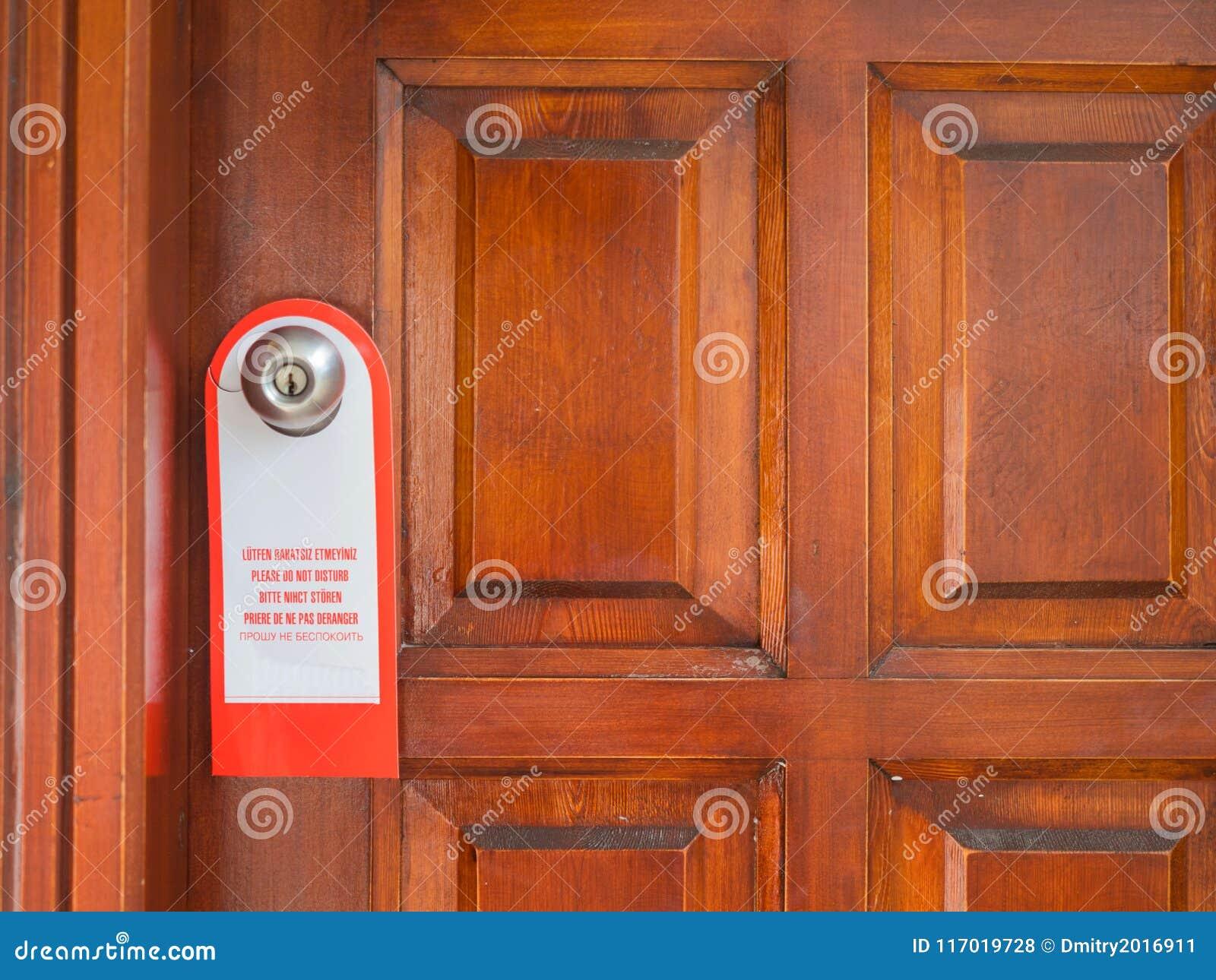 Il segno sulla maniglia di porta non disturba