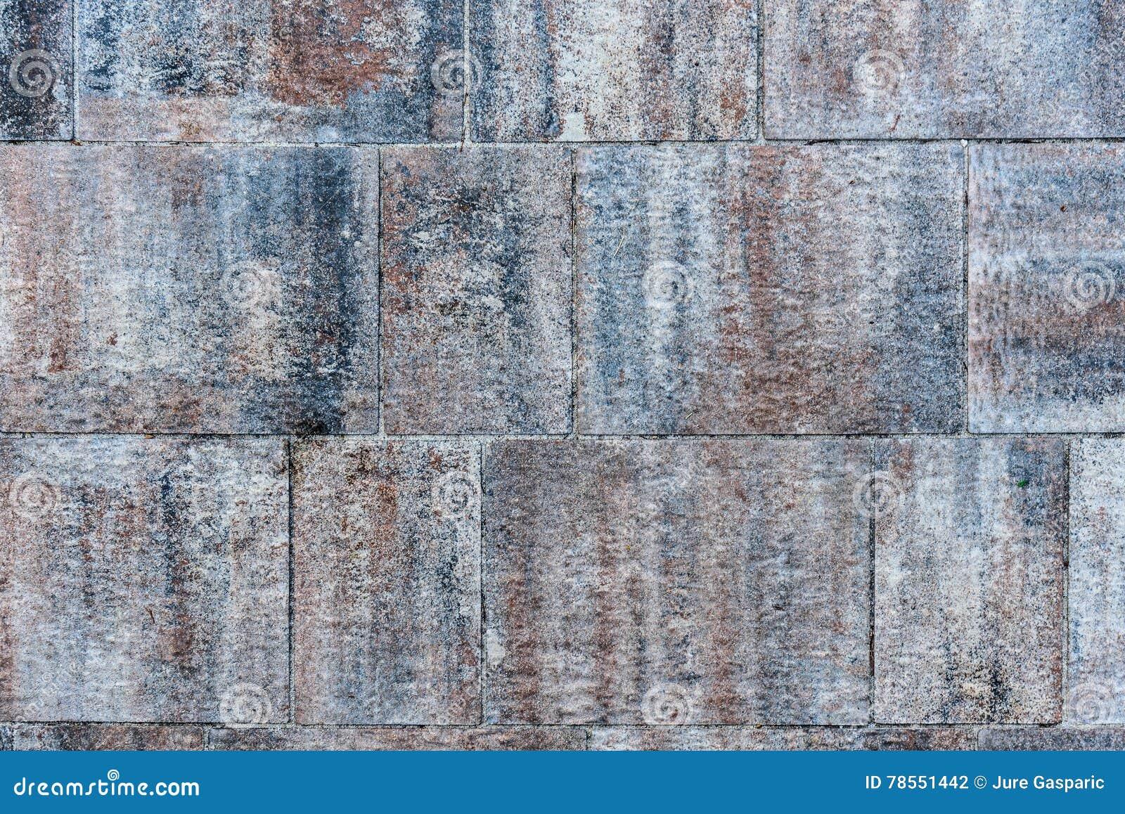 Il terrazzo esterno sporco piastrella le lastre fotografia stock