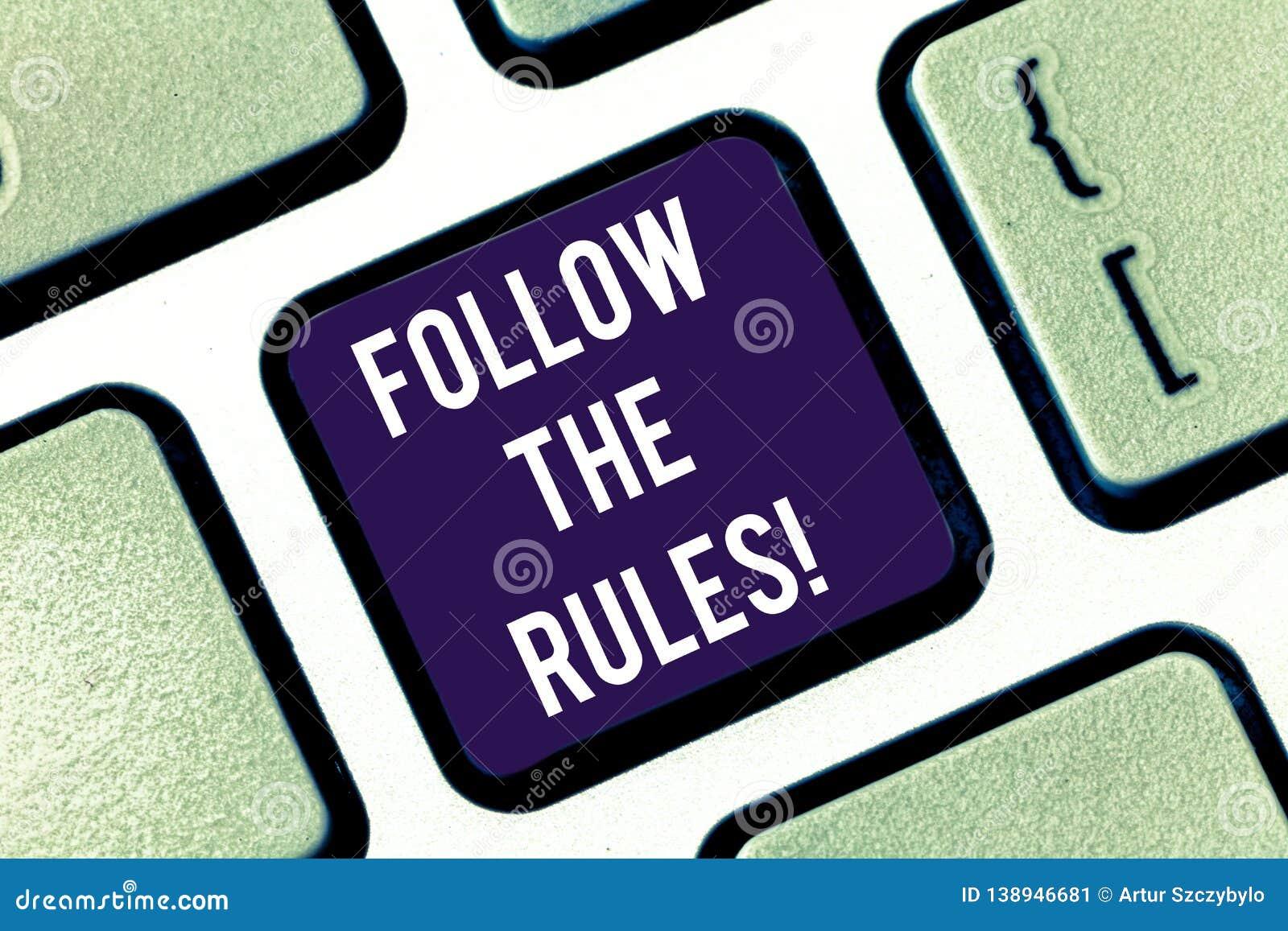 Il testo della scrittura segue le regole Atto di significato di concetto nell accordo o conformità with obbedire loro saldamente