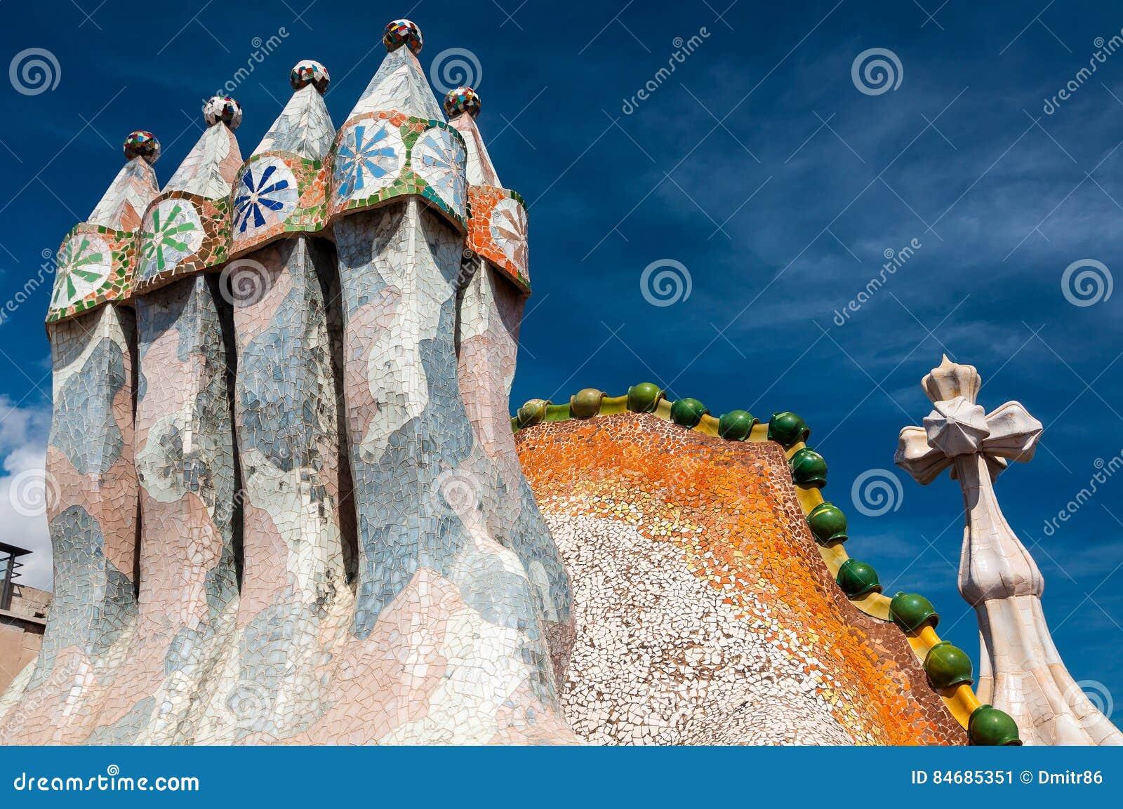 Il tetto della casa batllo della casa ha progettato da antoni gaudi