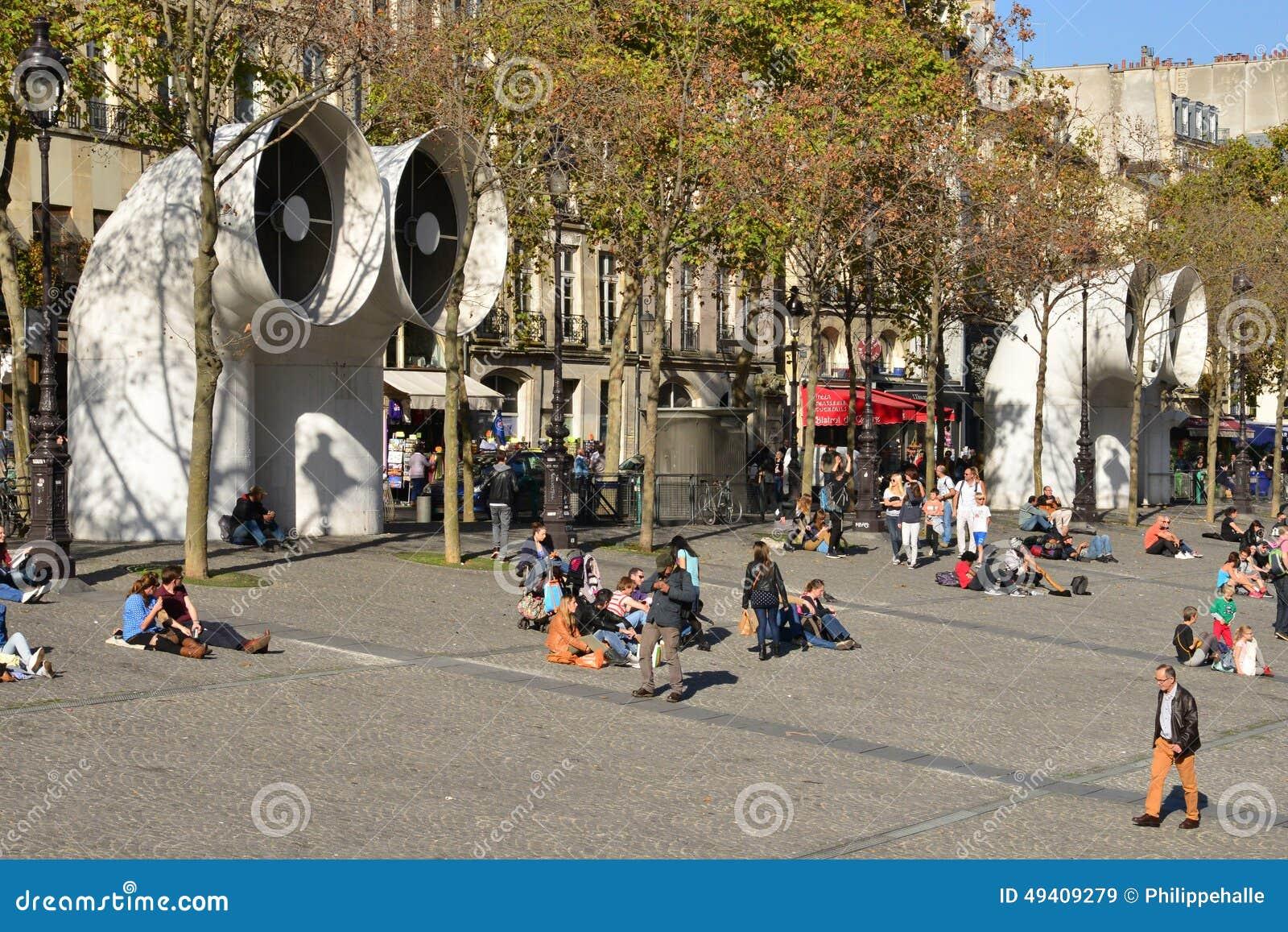 Download Ile De France, Die Malerische Stadt Von Paris Redaktionelles Stockbild - Bild von gebäude, outdoor: 49409279